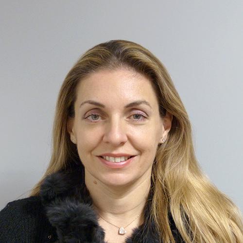 Οικονομική Διευθύντρια   Σοφία Βενετσάνου  sophia@avenco.gr