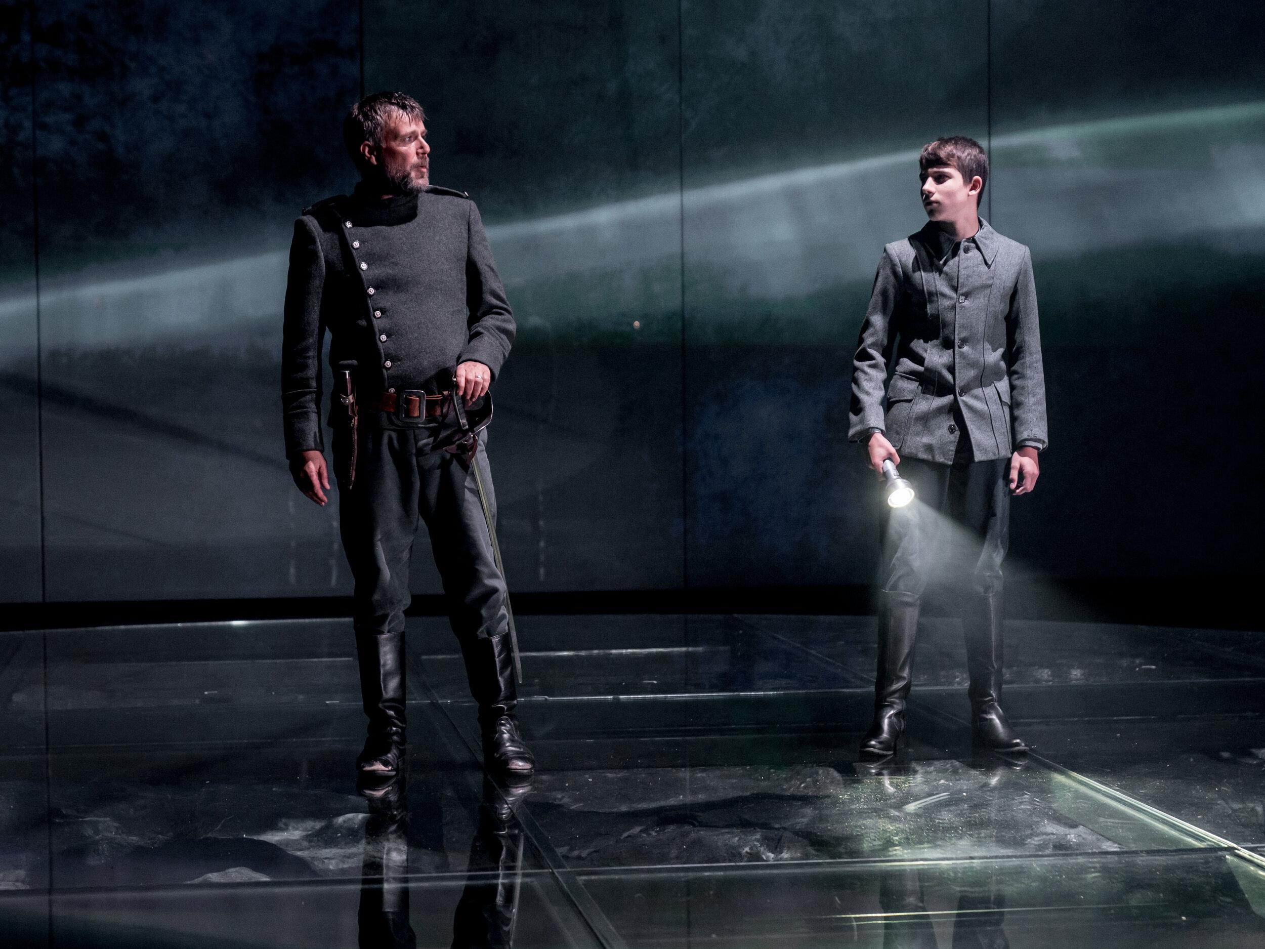 Macbeth-070.jpg