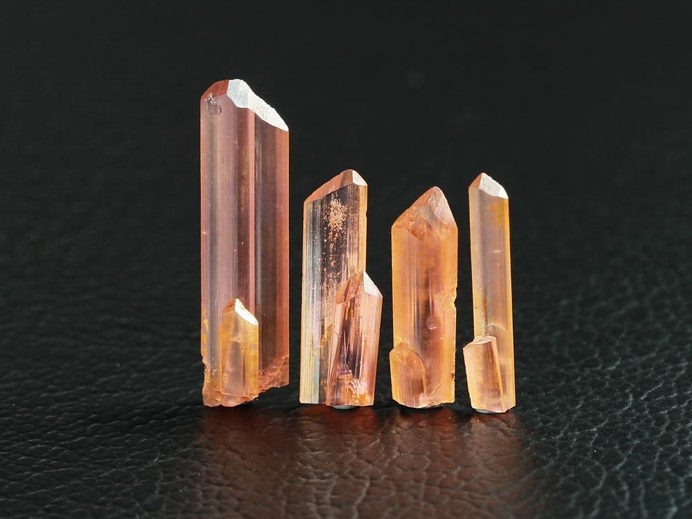 Vayrynenite Crystals