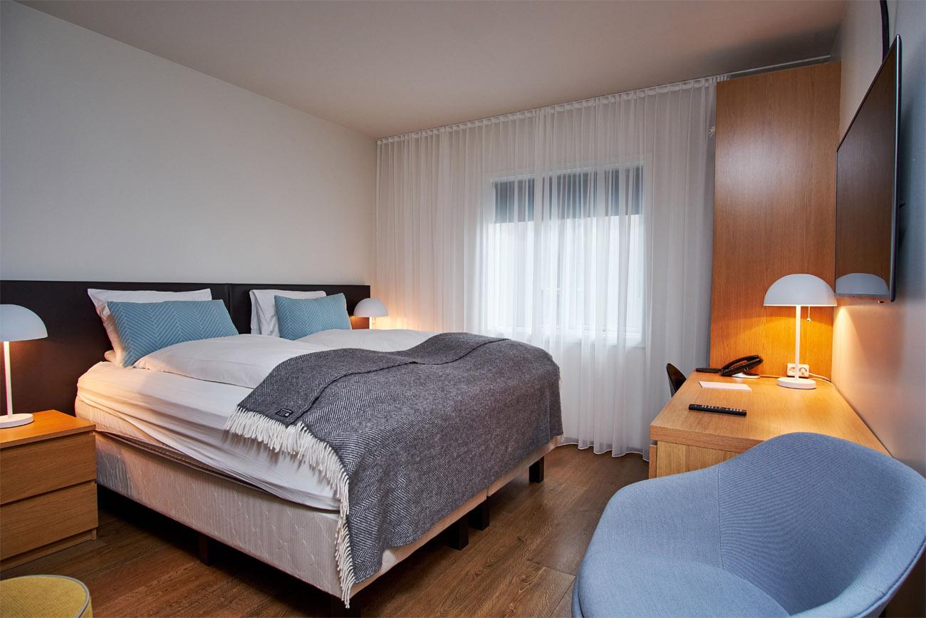 Hotel_Berg_Standard_Room1.jpg