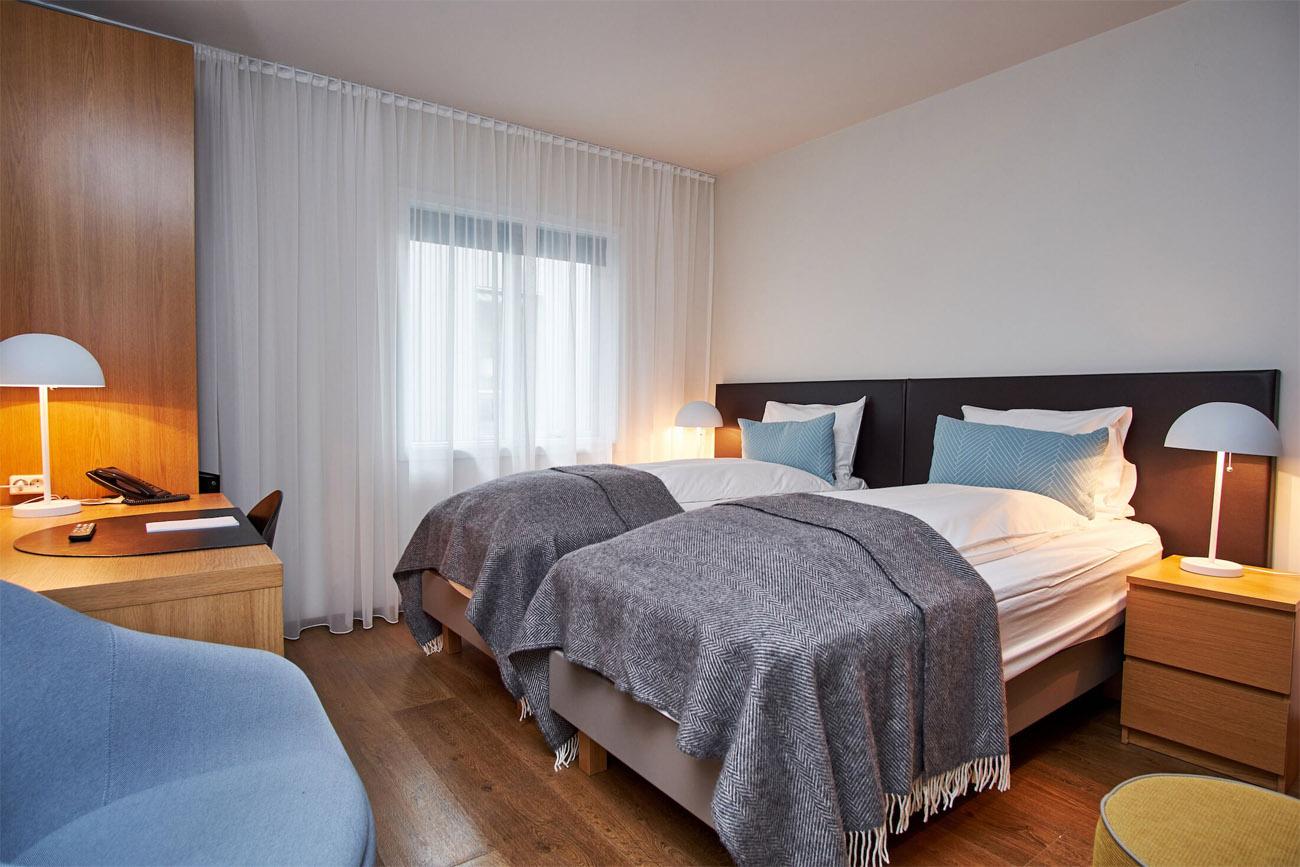 Hotel_Berg_Standard_Room4.jpg