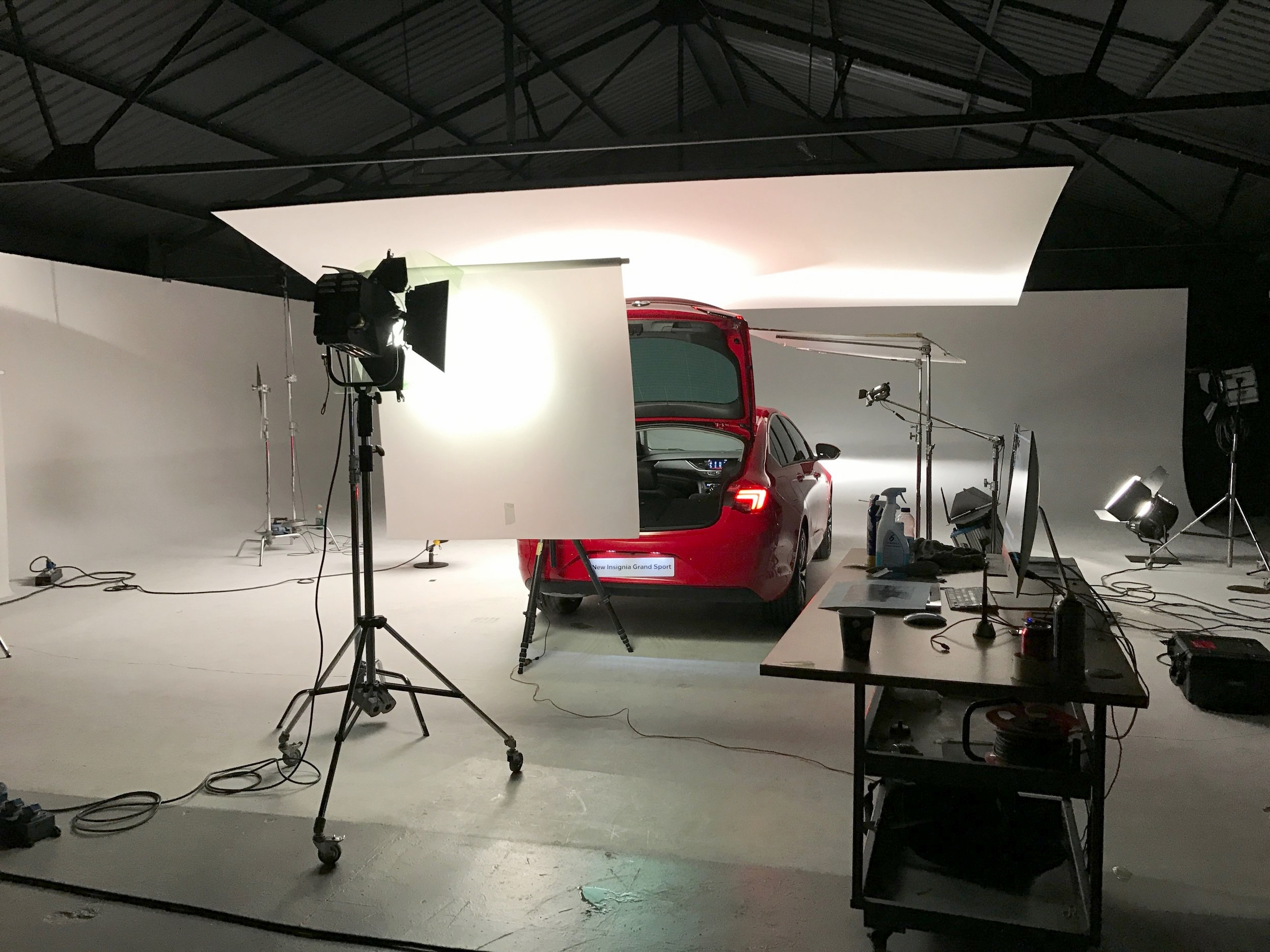 leonphotographer studio.jpg