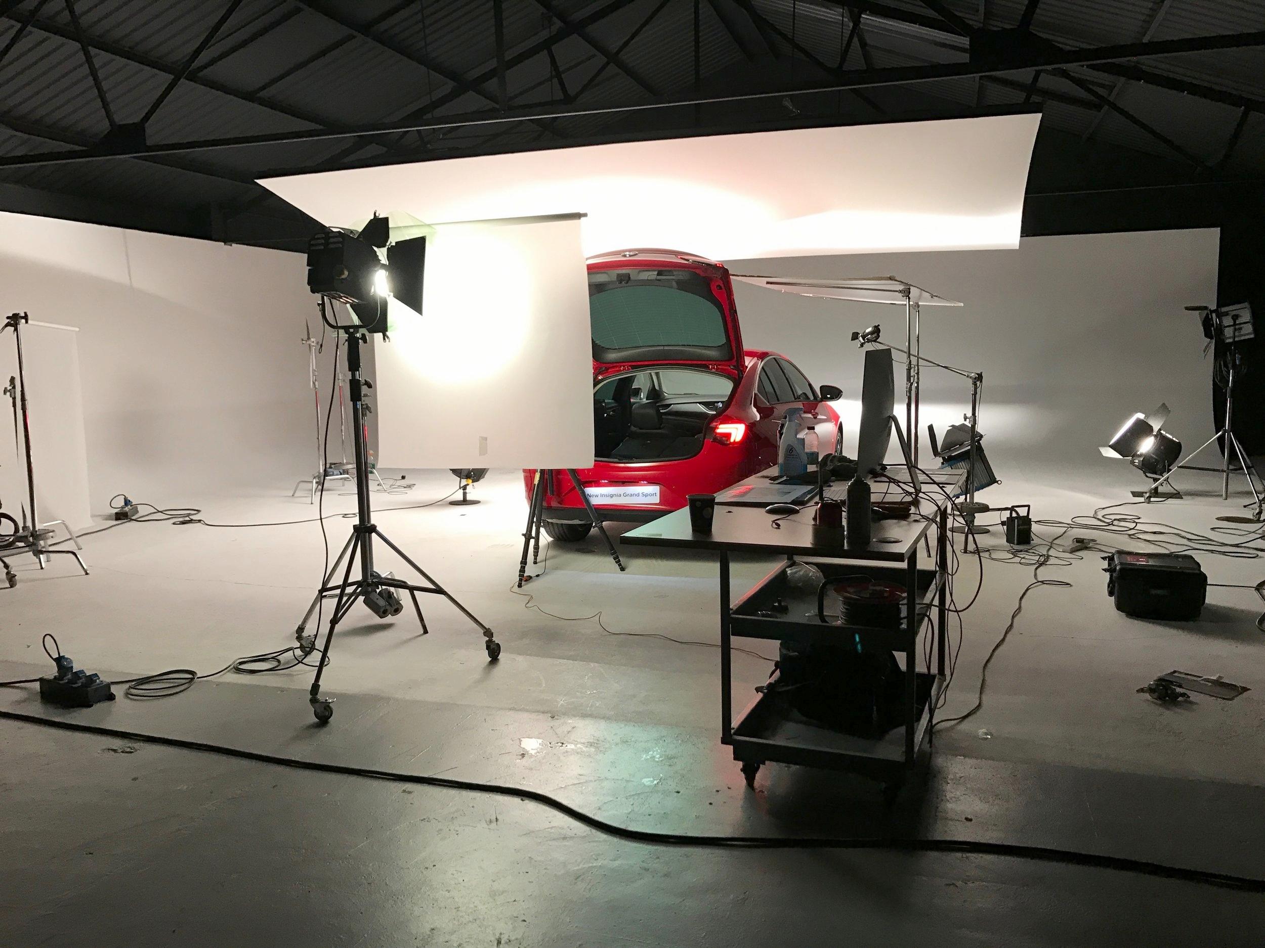 leonphotographer studio 2.jpg