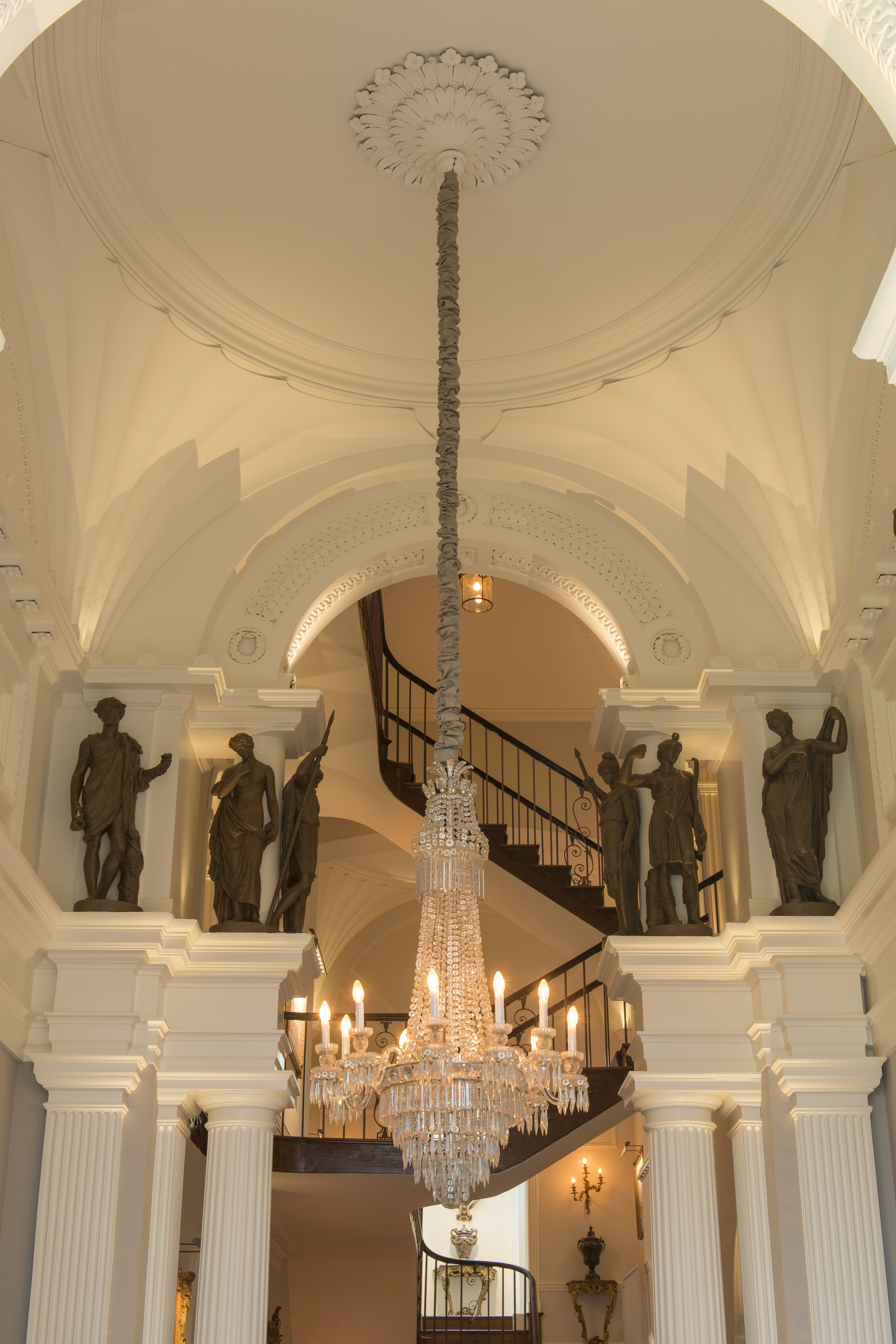 Country Estate in Oxfordshire - Entrance Hall