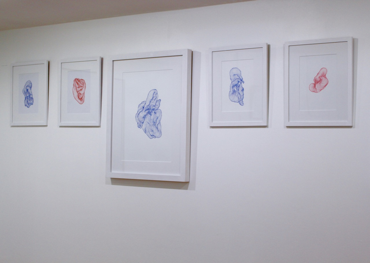 Vue d'exposition des oeuvres de Tatiana Wolska.