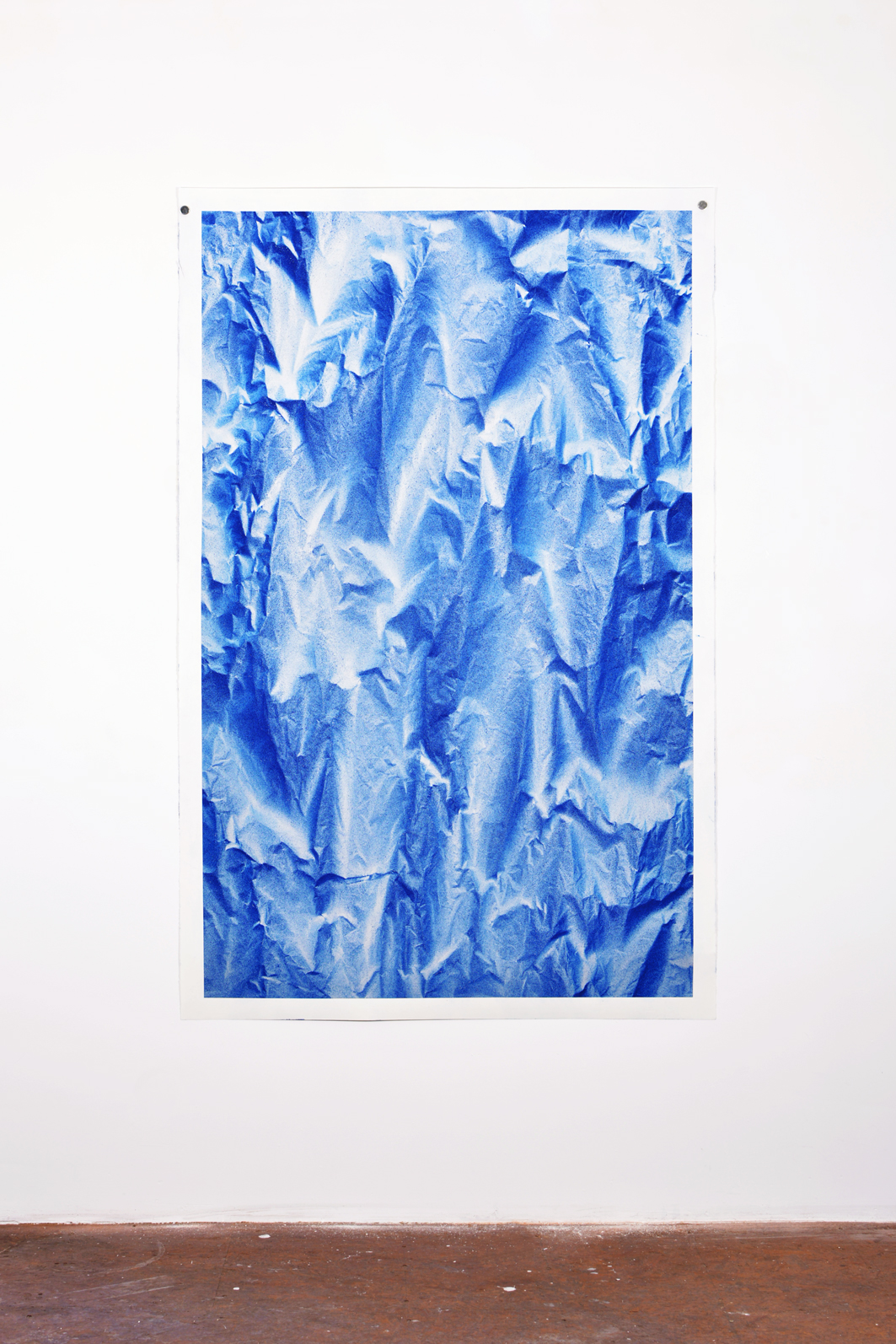 Benjamin Ottoz_ Double V Gallery_115x180cm Bleu Elec (1).jpg