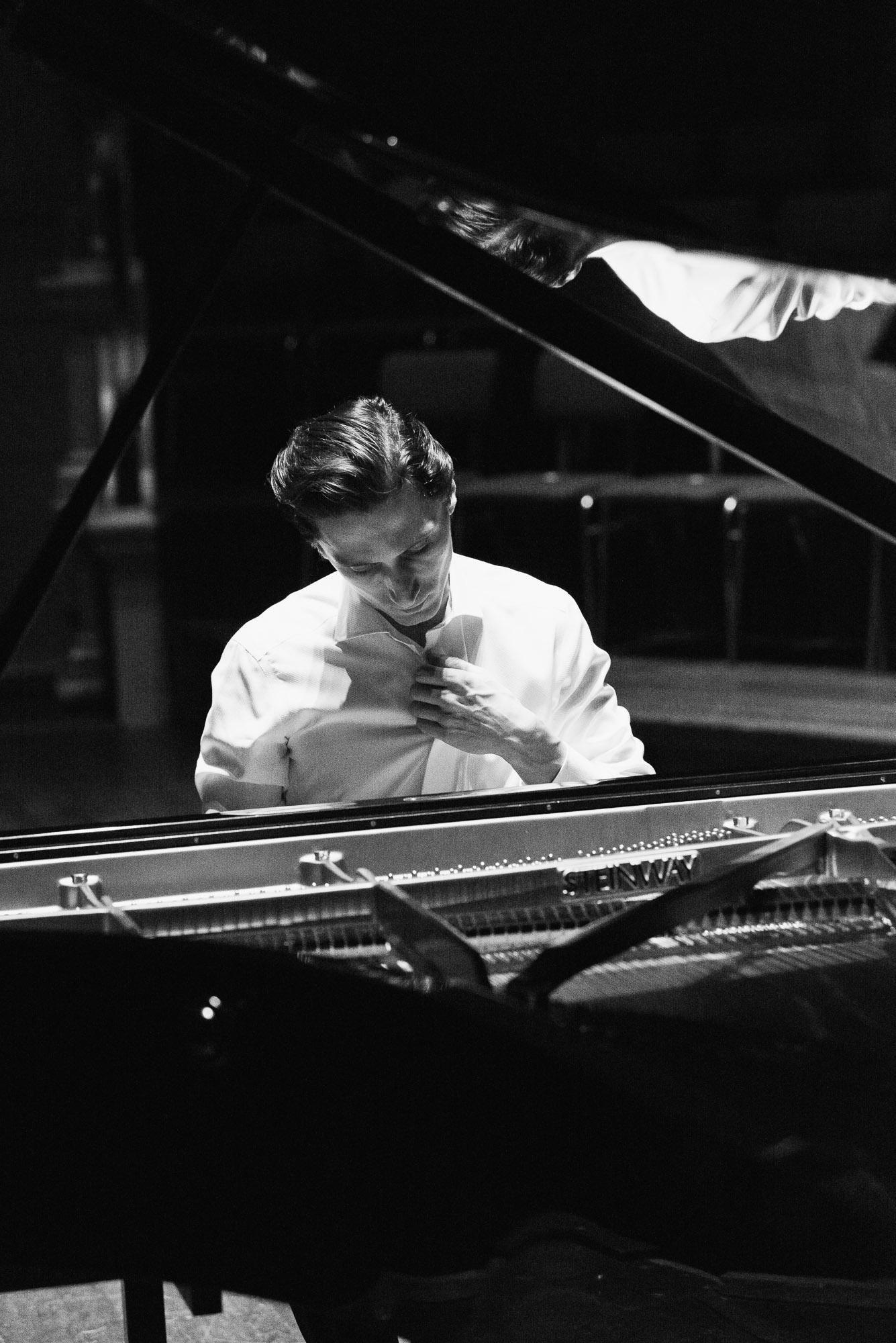 alexander-romanovsky-meesterpianisten-6.jpg