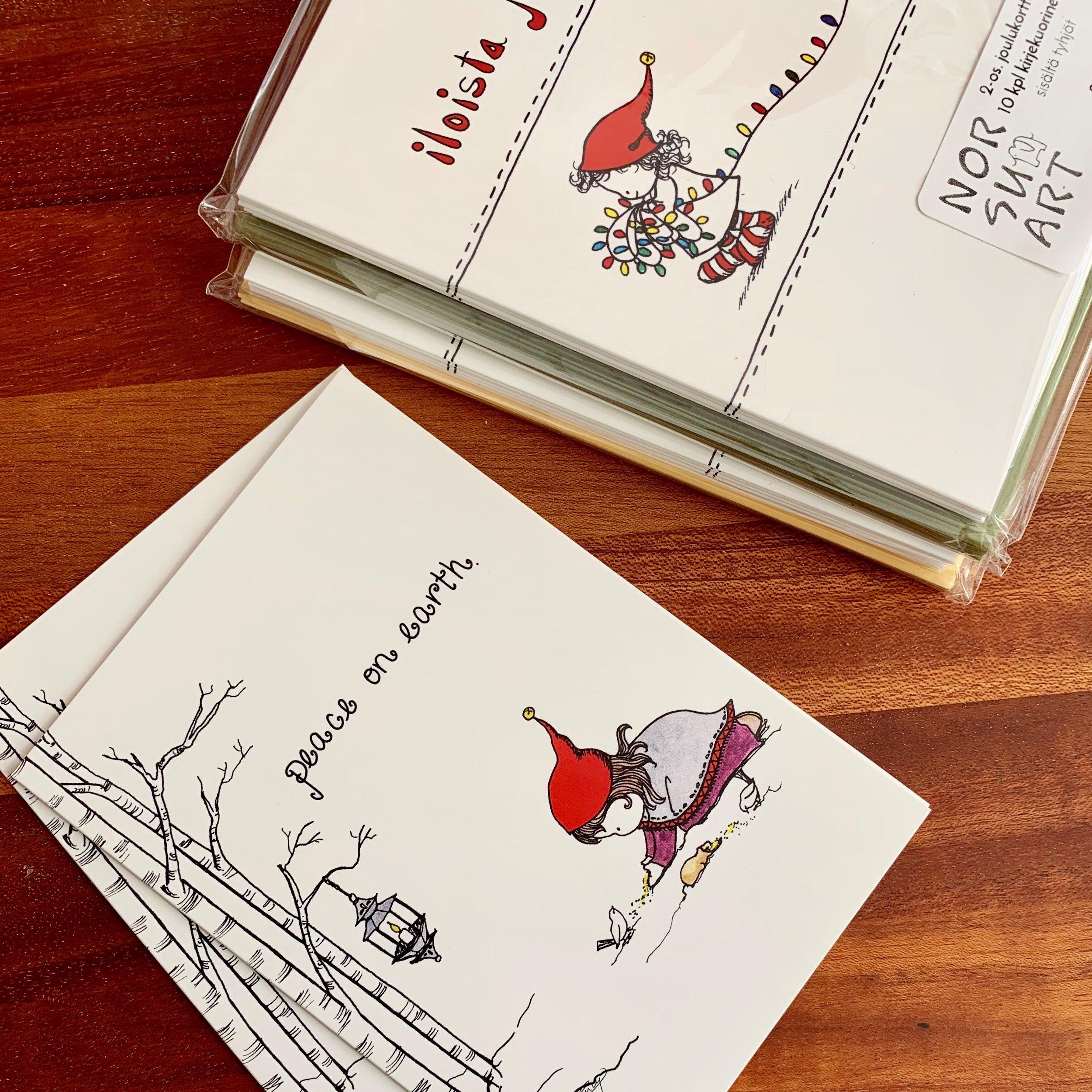 Pakettihintaan - 2-os kortit (kuvaston sivulta 6) voi tilata 10-kpl pakkauksissa. Ne tulevat värillisten kirjekuorien kanssa sellofaaniin paketoituna.