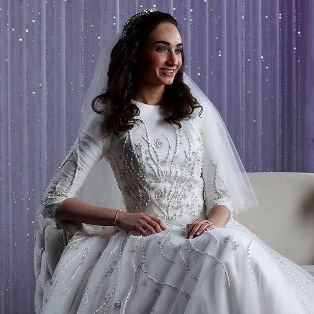 Always Classy💜 #mirigown #miribridal #miribride #classybride #classic #classy #weddingdress