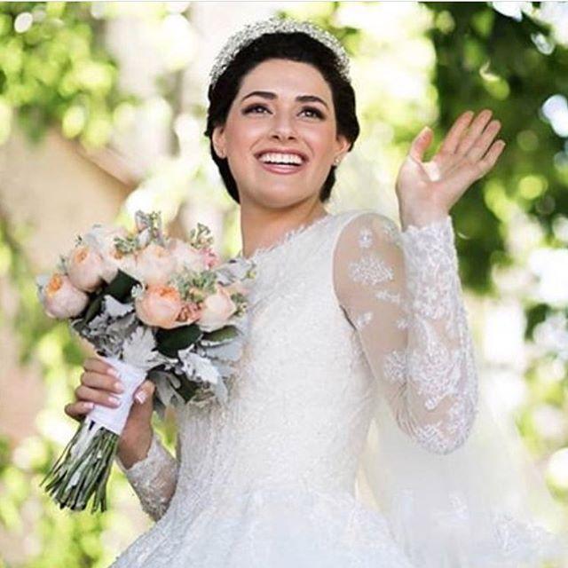 Angel Bride 😍 @daniellechayo #miribride #botd #mirigown #miribridal #wedding #weddingdress