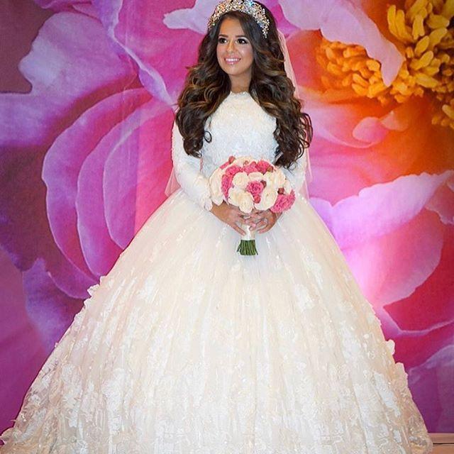 Royalty at its finest!✨ @gittyberger @yochevedgross #mirigown #miribride #miribridal #weddingdress #wedding #botd #royalty