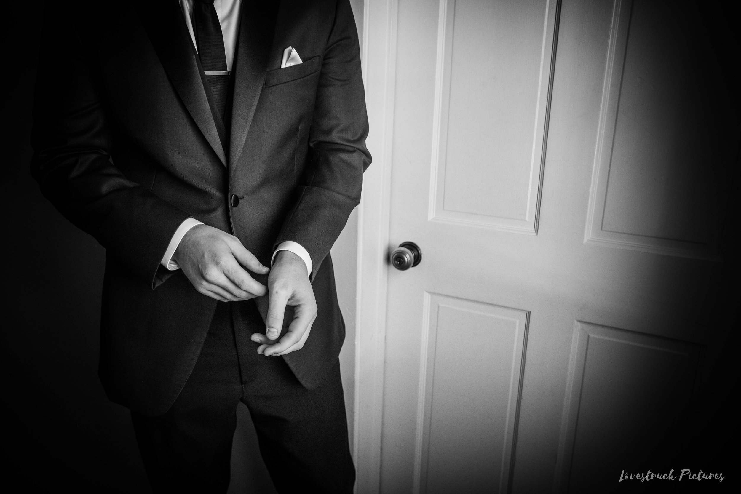THE_OAKS_ON_THE_WATERFRONT_MARYLAND_WEDDING--8278.jpg