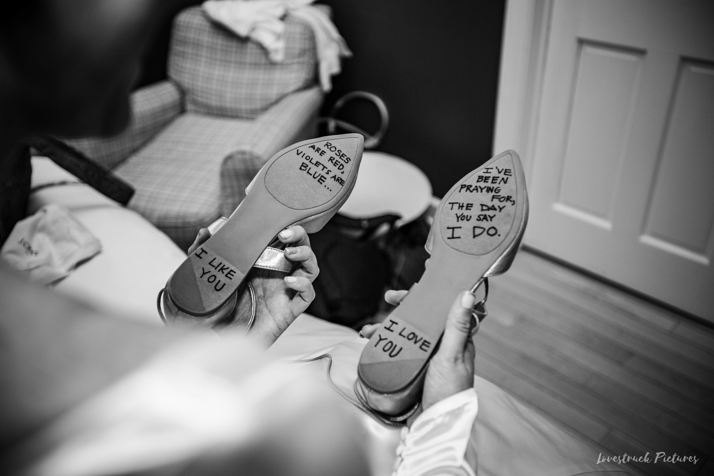 THE_OAKS_ON_THE_WATERFRONT_MARYLAND_WEDDING--8711.jpg