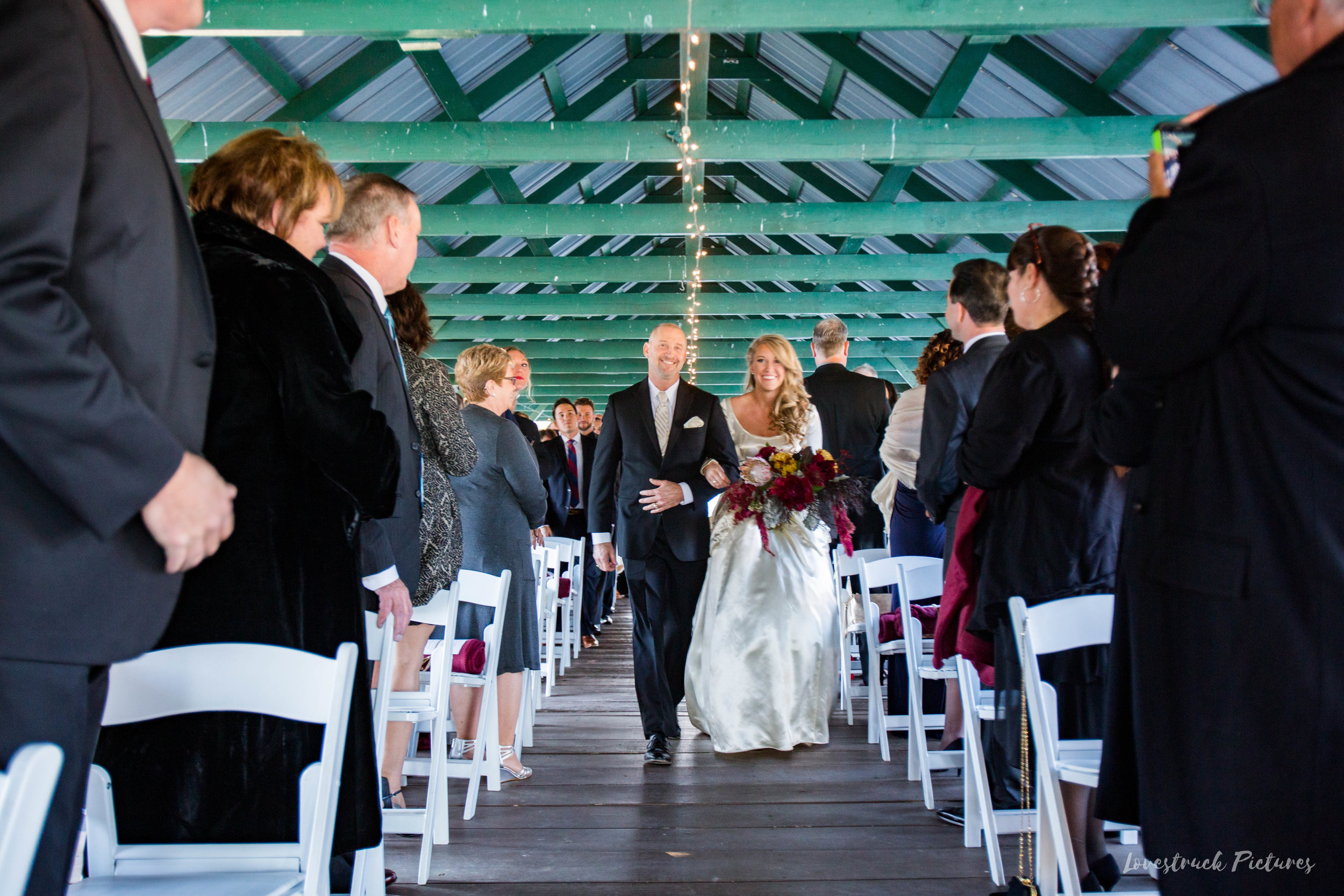 THE_OAKS_ON_THE_WATERFRONT_MARYLAND_WEDDING--9021.jpg