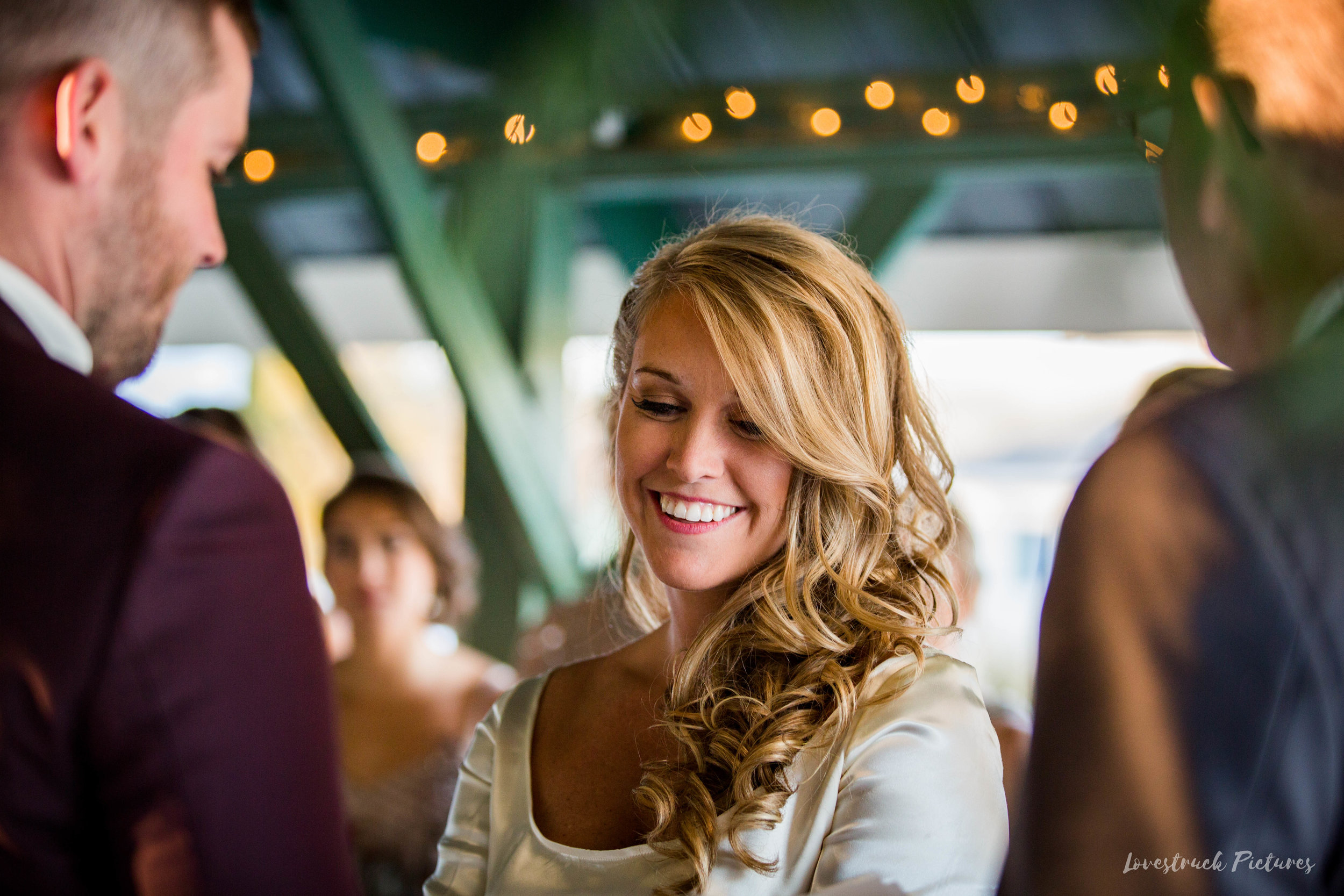 THE_OAKS_ON_THE_WATERFRONT_MARYLAND_WEDDING--9063.jpg