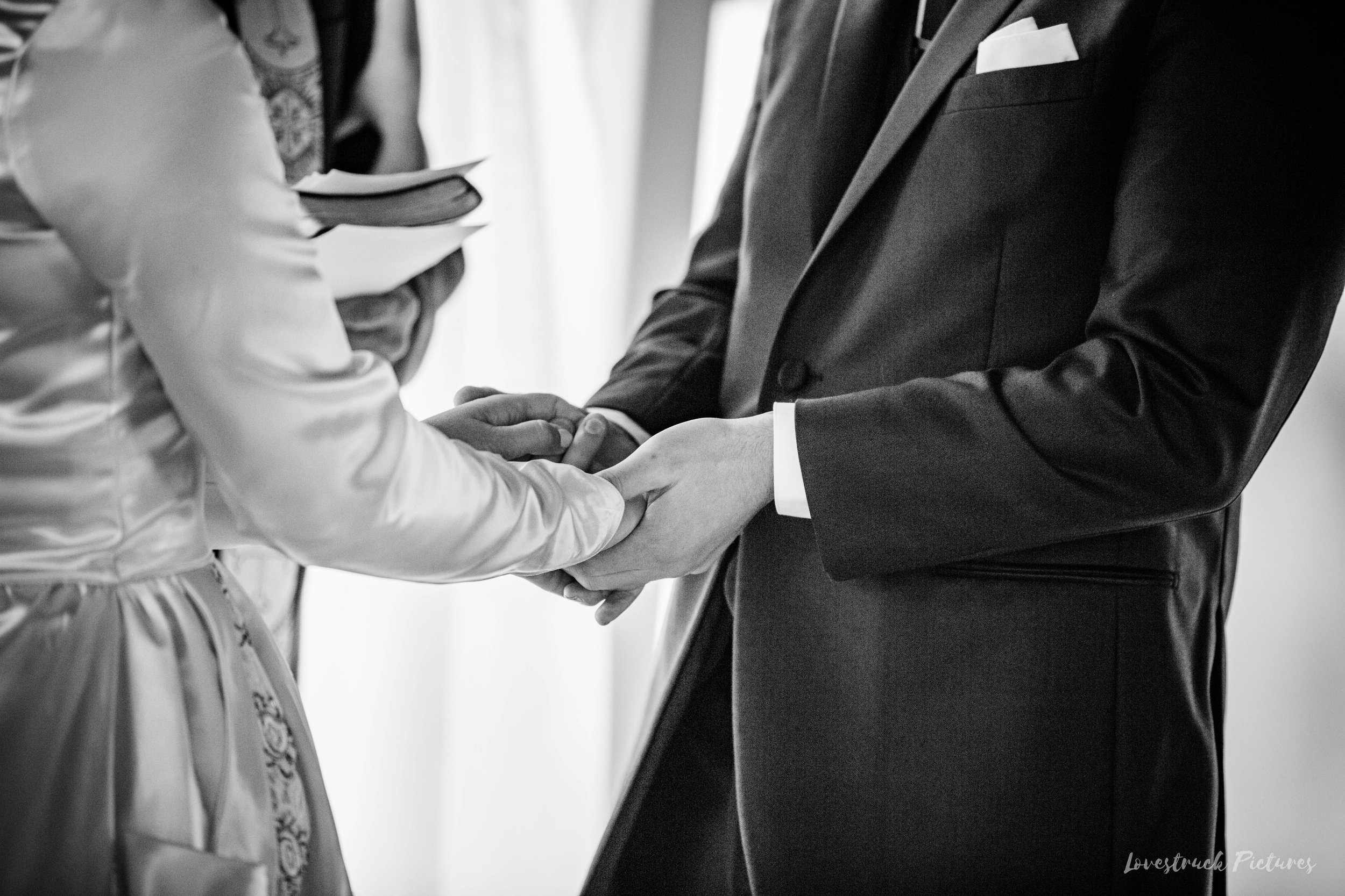 THE_OAKS_ON_THE_WATERFRONT_MARYLAND_WEDDING--9074.jpg