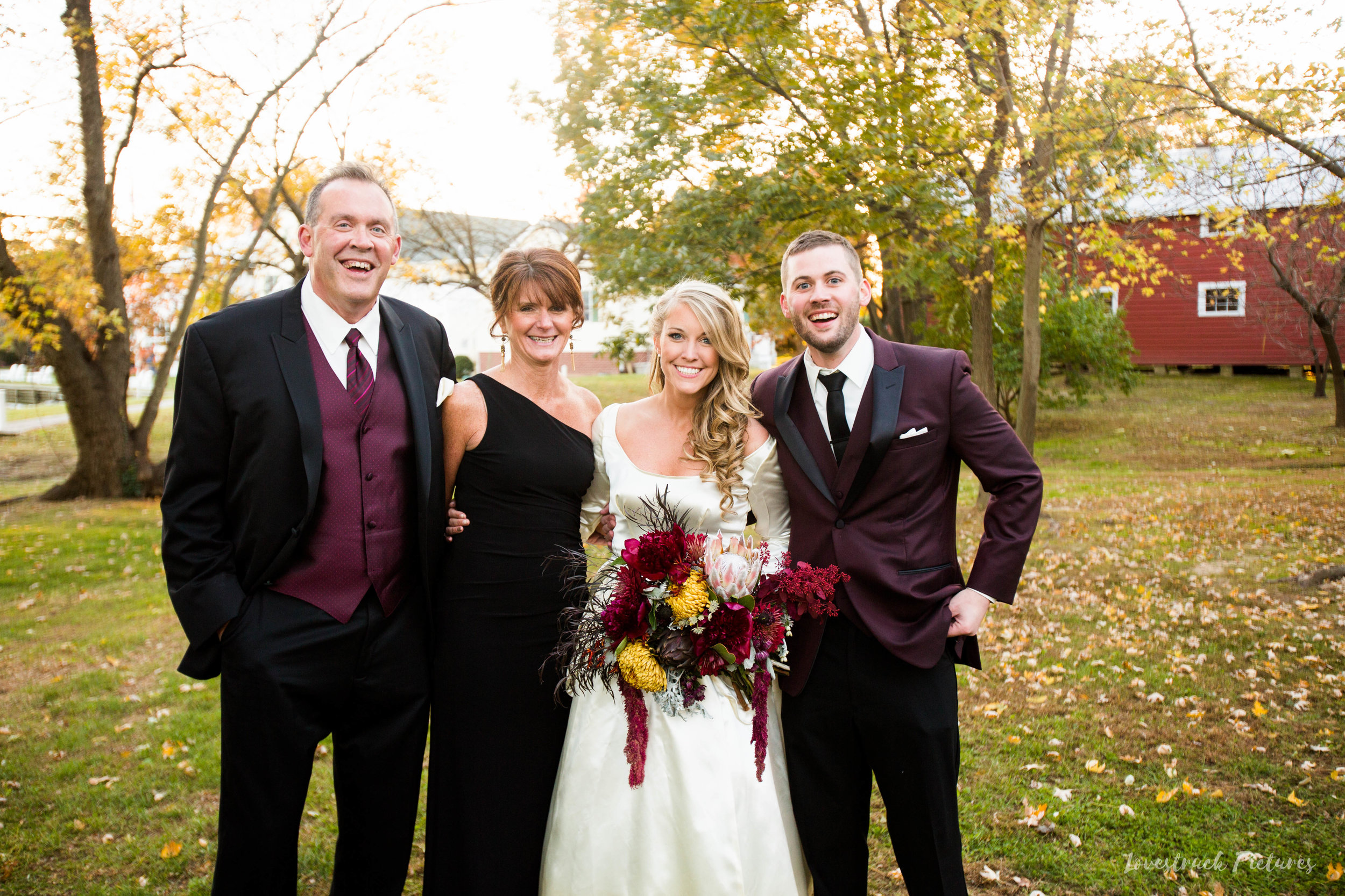 THE_OAKS_ON_THE_WATERFRONT_MARYLAND_WEDDING--9423.jpg
