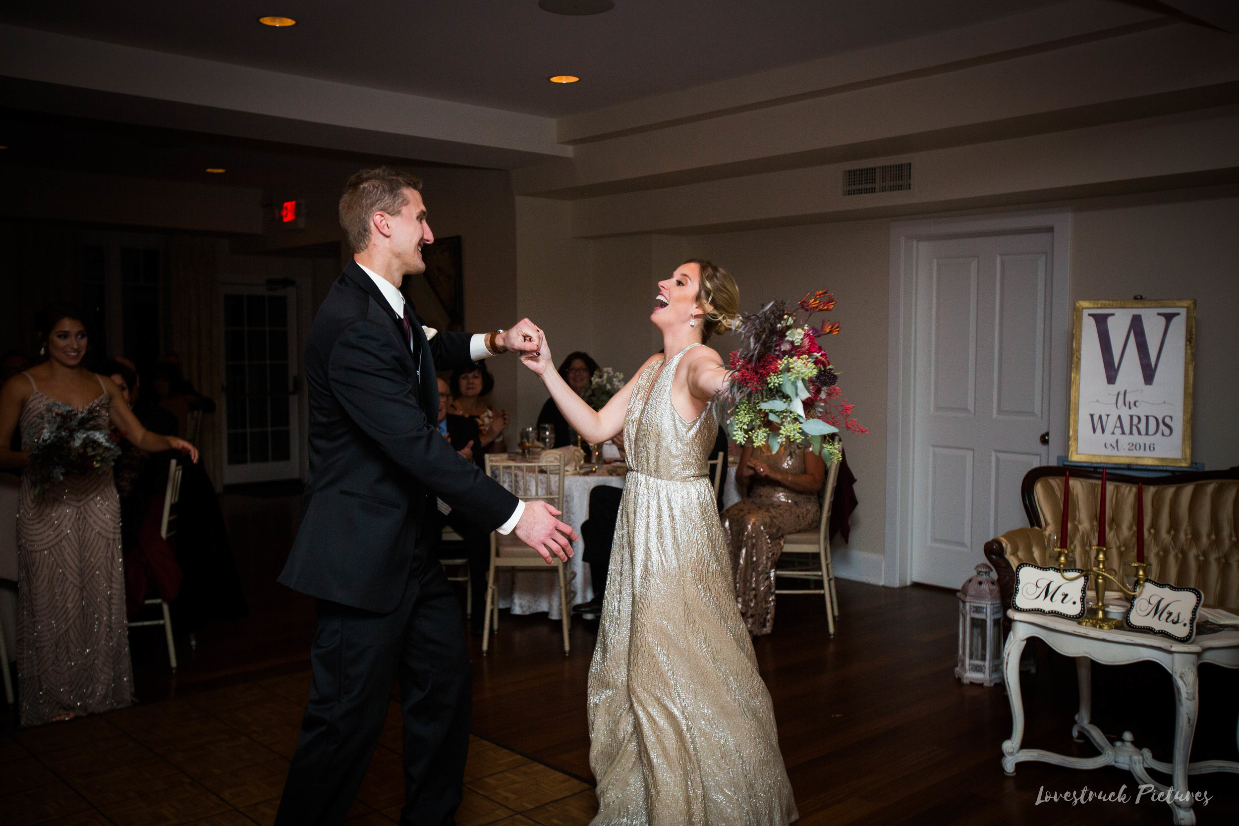 THE_OAKS_ON_THE_WATERFRONT_MARYLAND_WEDDING--9832.jpg