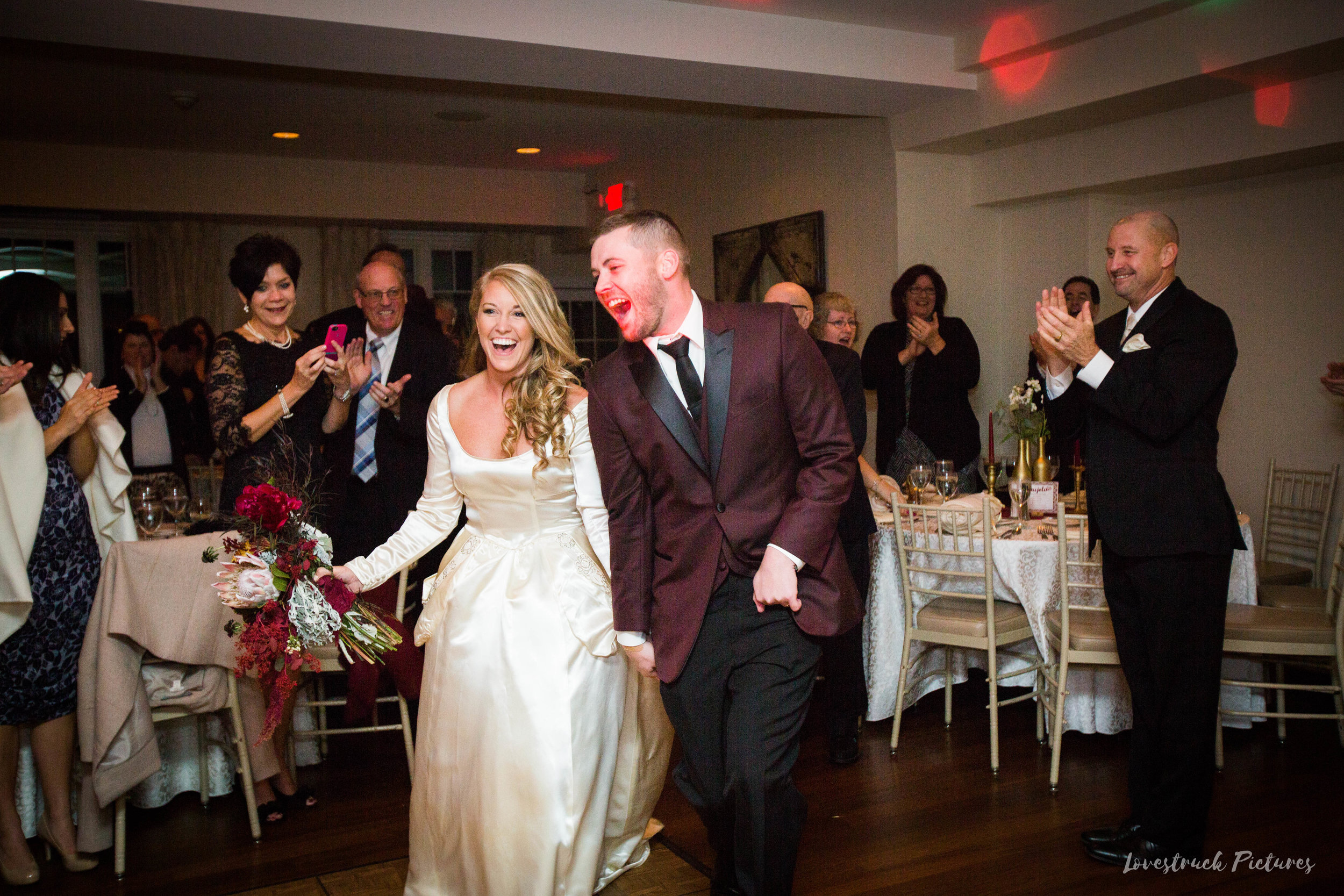 THE_OAKS_ON_THE_WATERFRONT_MARYLAND_WEDDING--9859.jpg