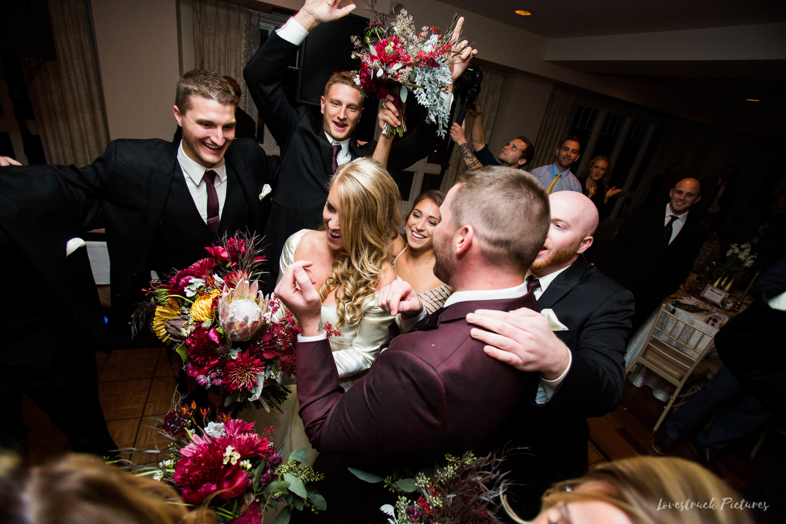 THE_OAKS_ON_THE_WATERFRONT_MARYLAND_WEDDING--9865.jpg