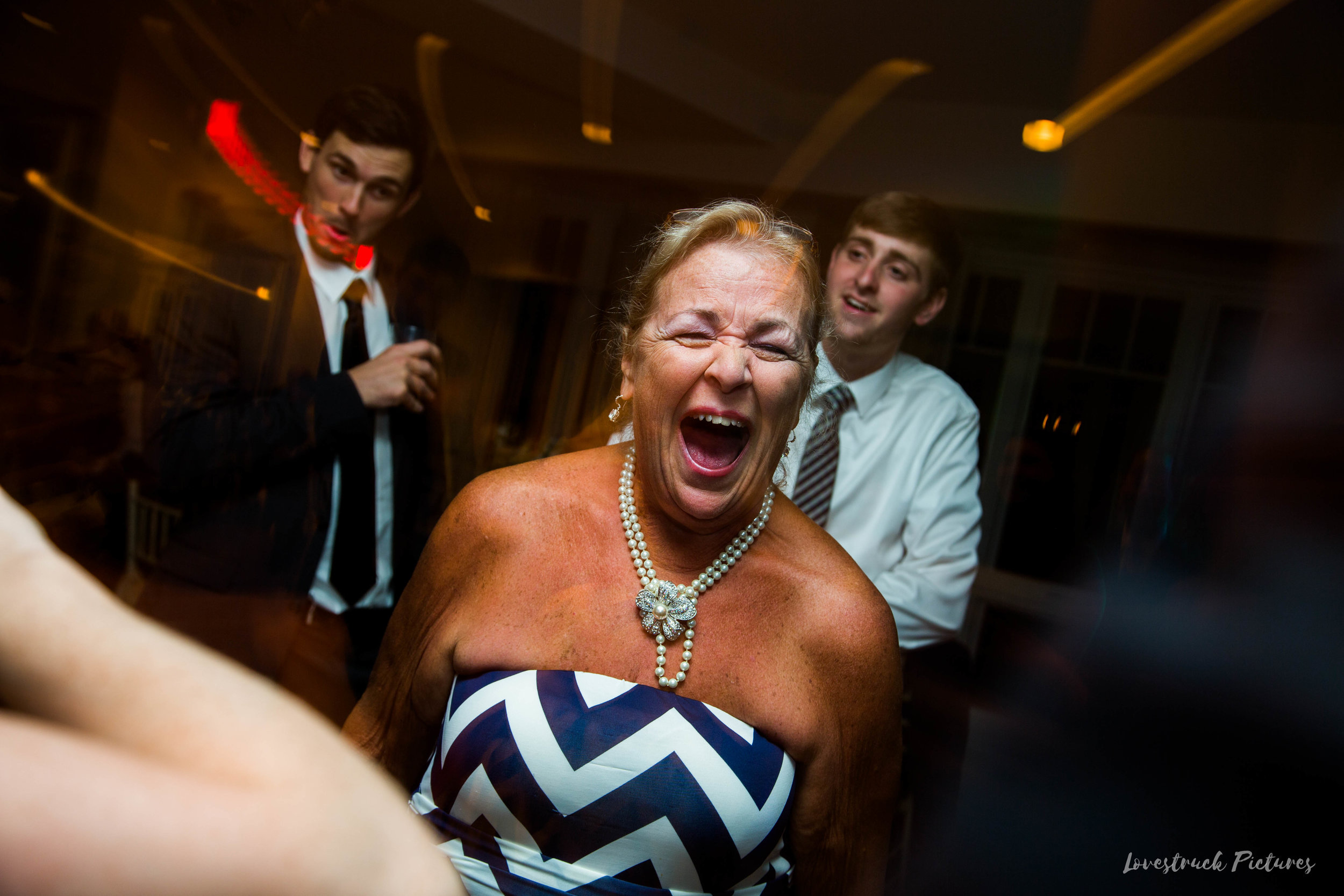 THE_OAKS_ON_THE_WATERFRONT_MARYLAND_WEDDING--0035.jpg