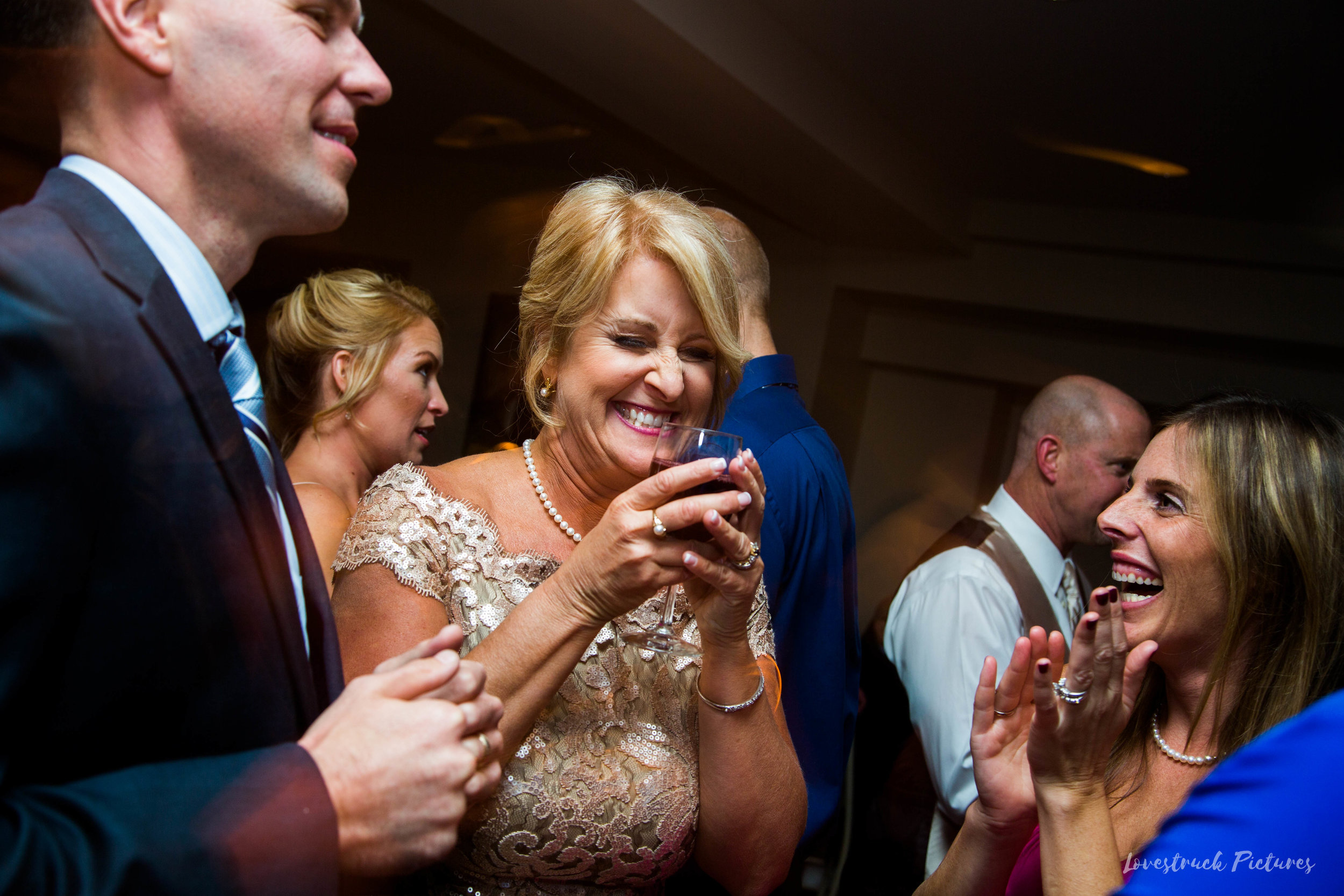 THE_OAKS_ON_THE_WATERFRONT_MARYLAND_WEDDING--0068.jpg