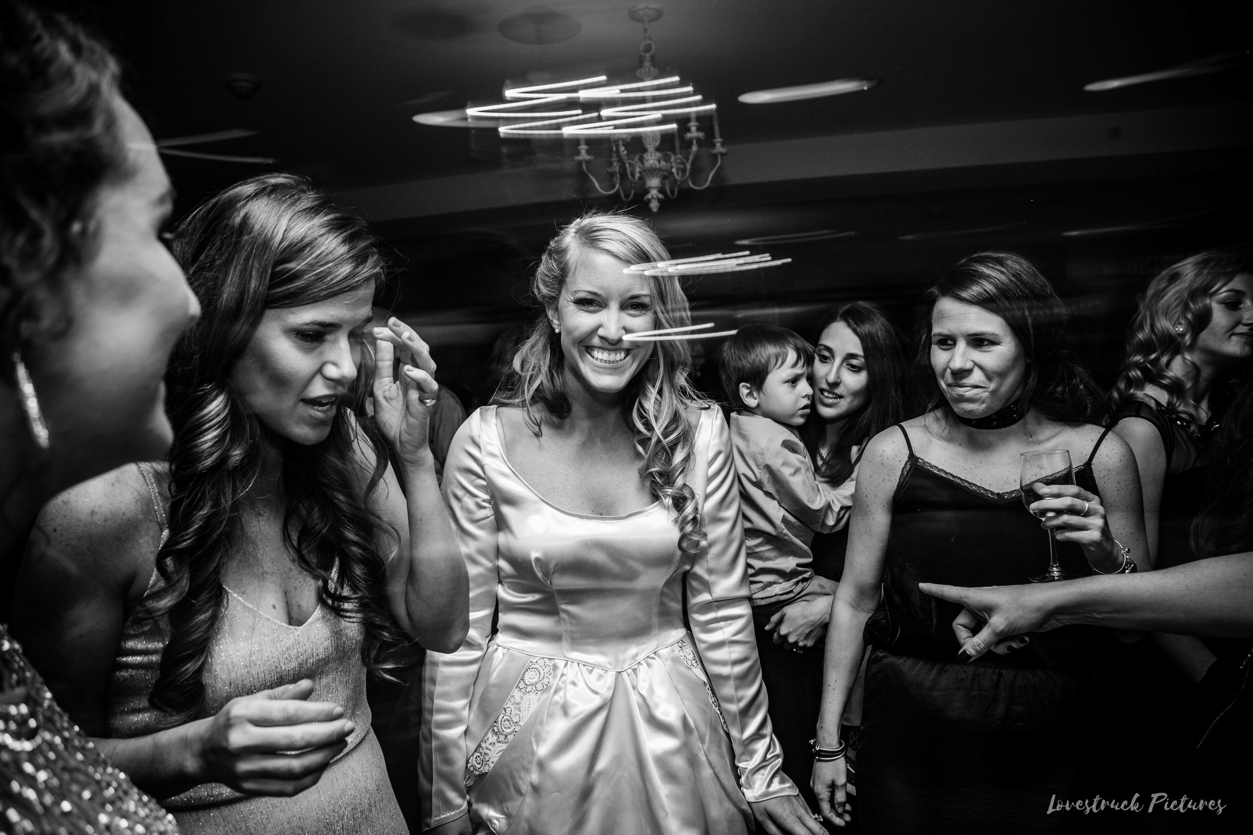 THE_OAKS_ON_THE_WATERFRONT_MARYLAND_WEDDING--0133.jpg