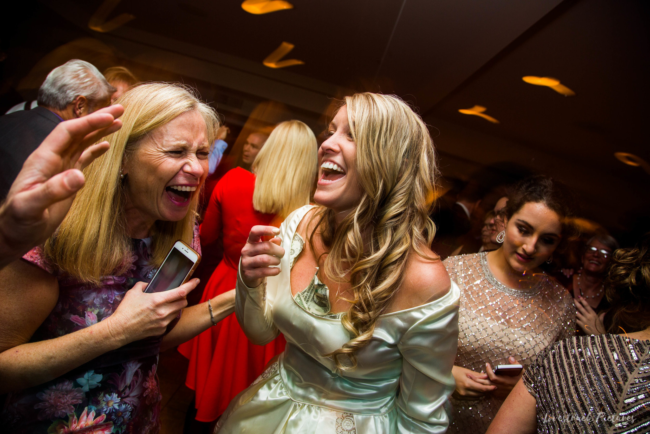 THE_OAKS_ON_THE_WATERFRONT_MARYLAND_WEDDING--0171.jpg
