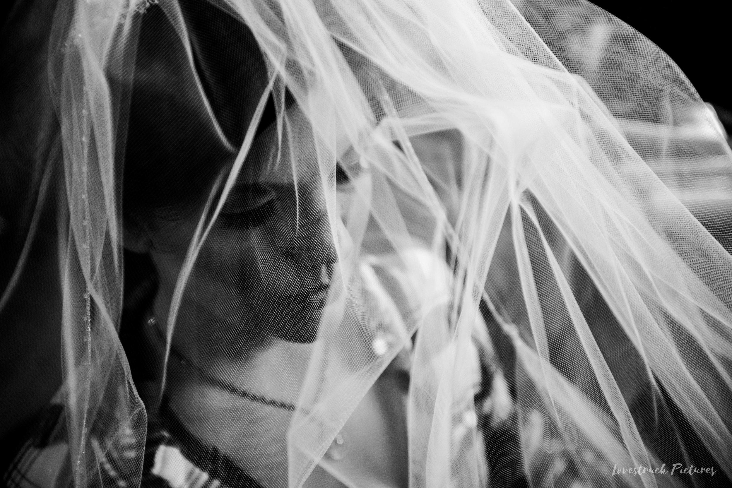 PHILADELPHIA_BALLROOM_WEDDING_PHOTOGRAPHY--04.jpg
