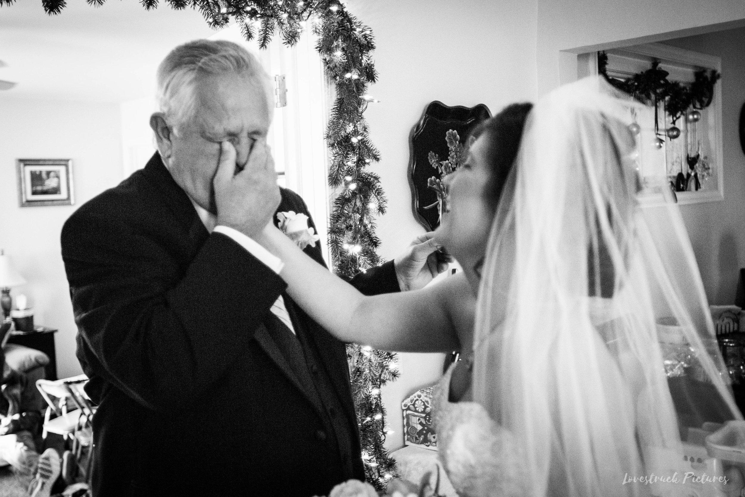 PHILADELPHIA_BALLROOM_WEDDING_PHOTOGRAPHY--30.jpg