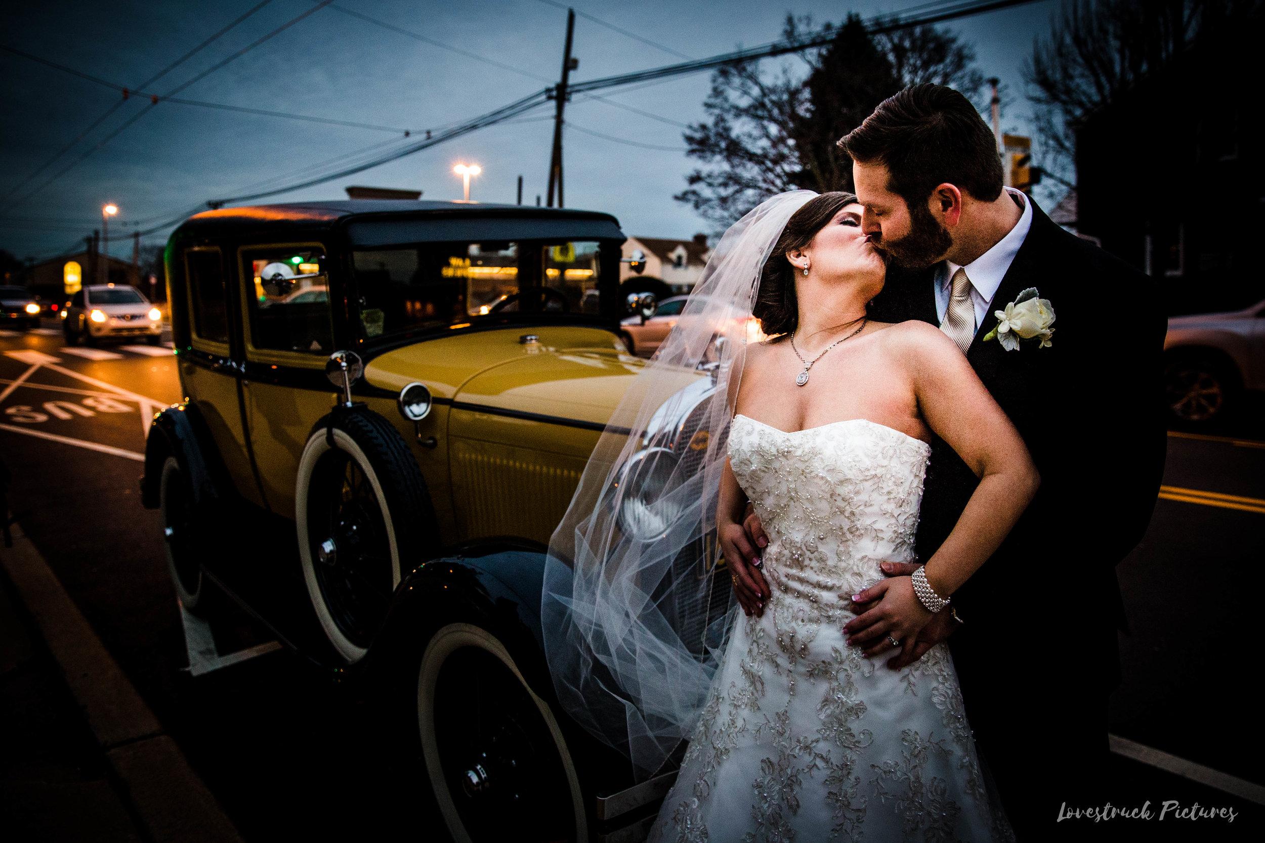 PHILADELPHIA_BALLROOM_WEDDING_PHOTOGRAPHY--71.jpg