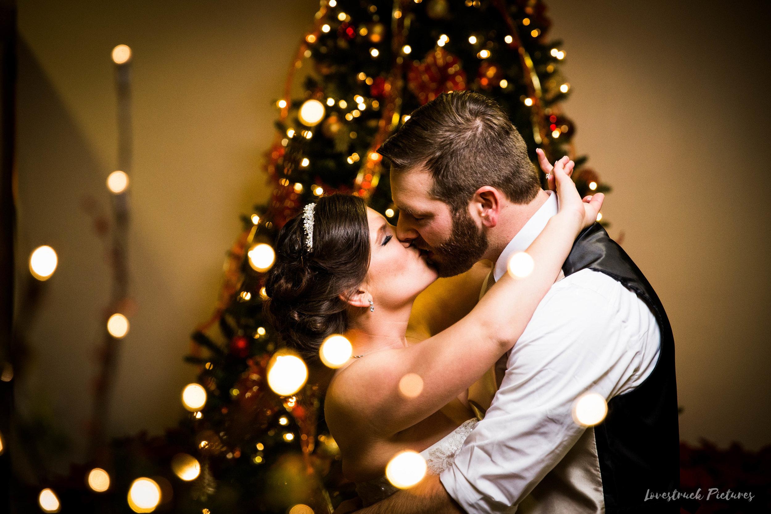 PHILADELPHIA_BALLROOM_WEDDING_PHOTOGRAPHY--110.jpg