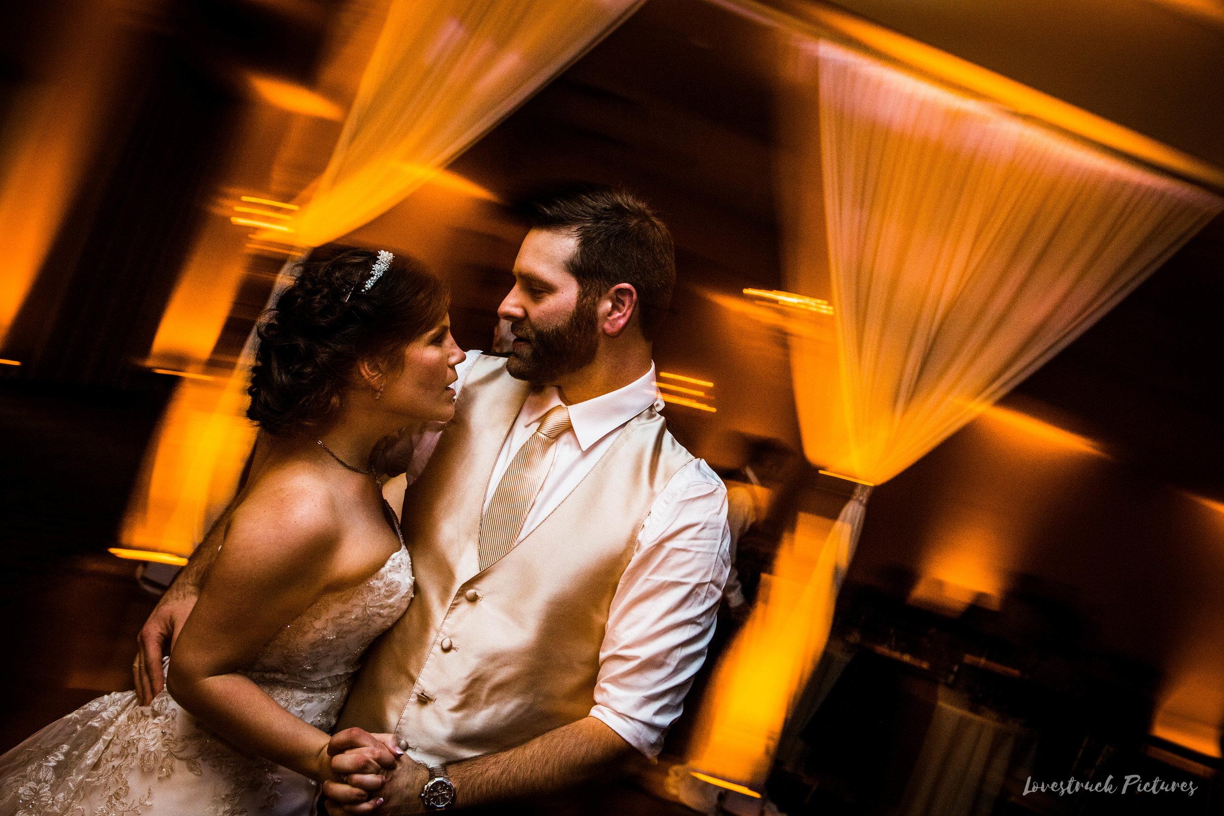 PHILADELPHIA_BALLROOM_WEDDING_PHOTOGRAPHY--117.jpg
