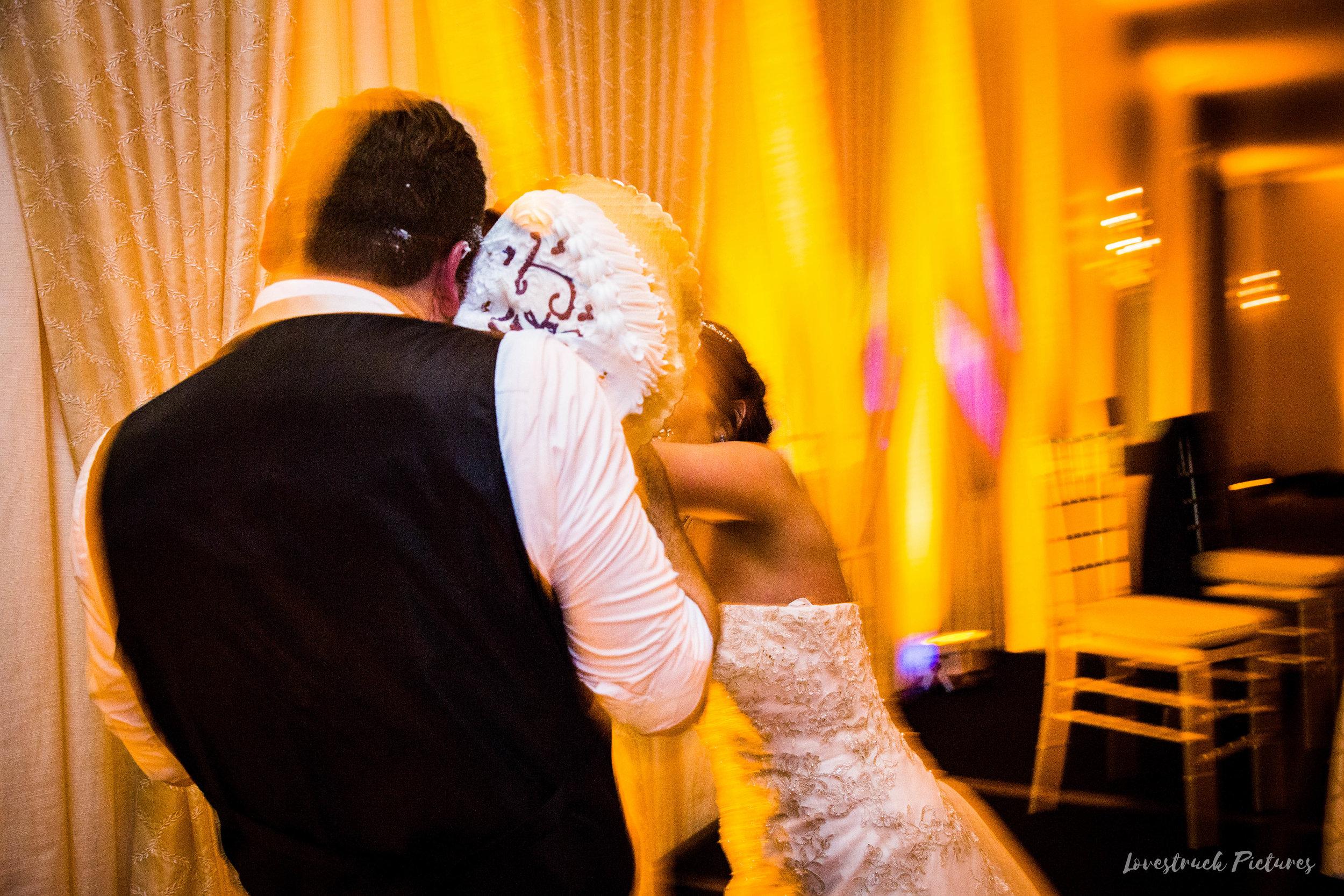 PHILADELPHIA_BALLROOM_WEDDING_PHOTOGRAPHY--123.jpg