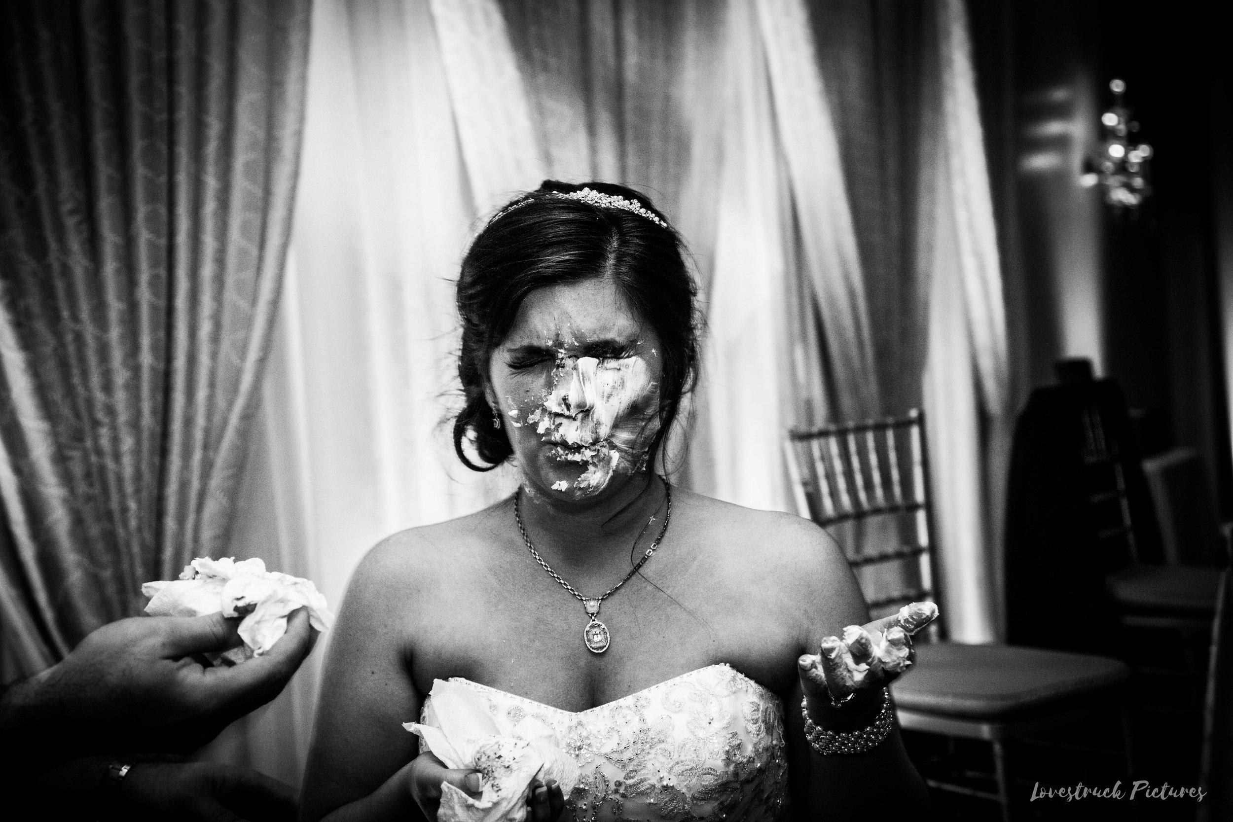 PHILADELPHIA_BALLROOM_WEDDING_PHOTOGRAPHY--124.jpg
