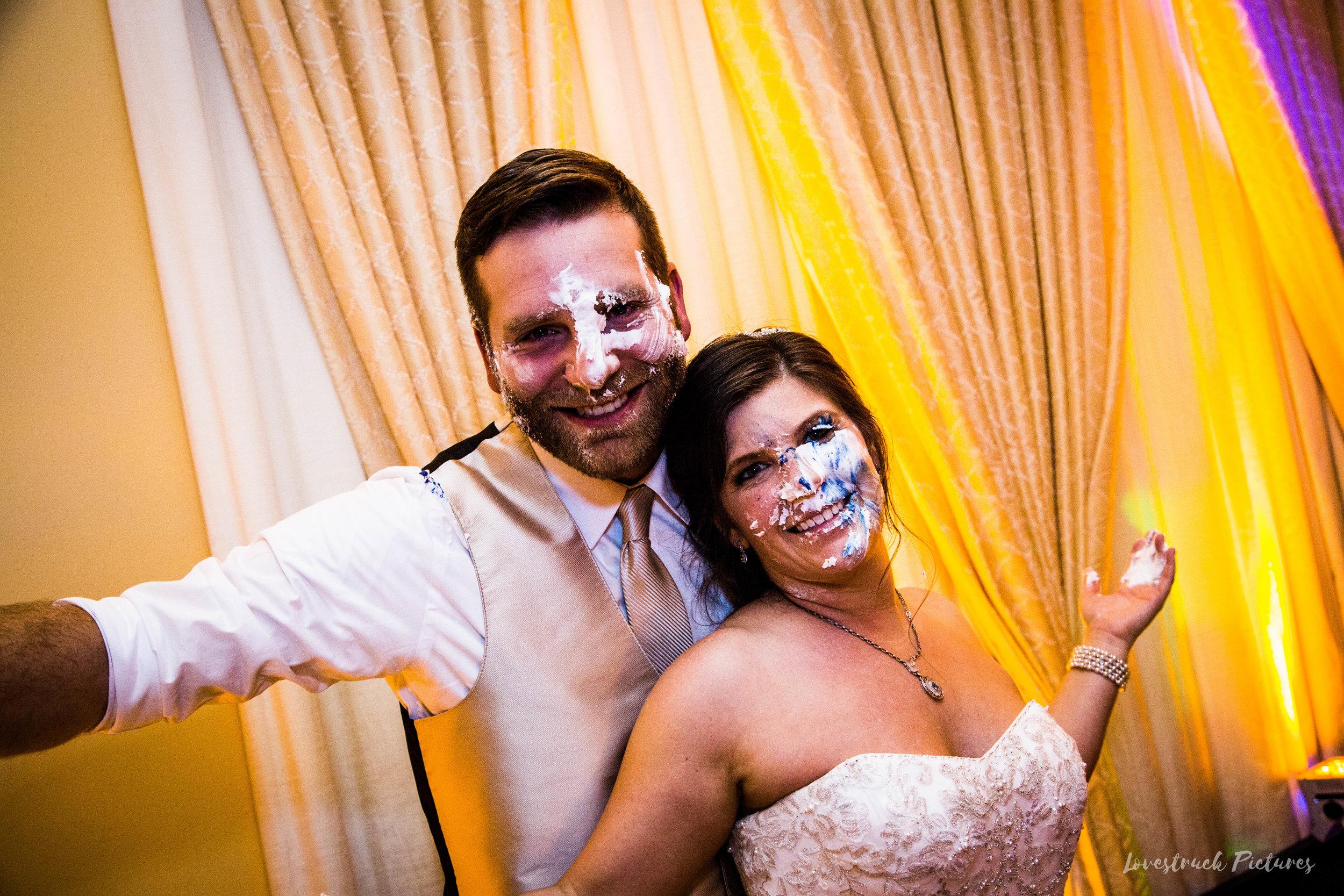 PHILADELPHIA_BALLROOM_WEDDING_PHOTOGRAPHY--125.jpg