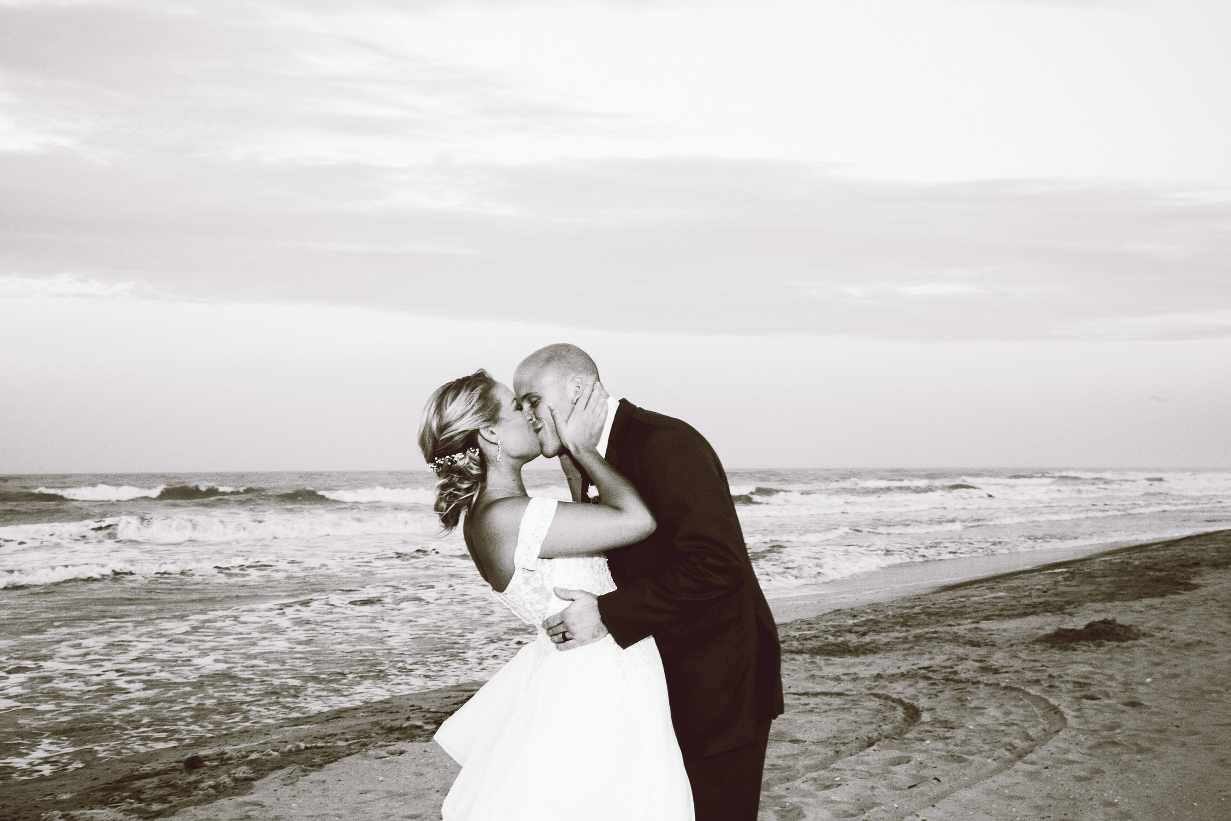 ICONA GOLDEN INN AVALON NJ WEDDING PHOTOGRAPHY  - 082.jpg