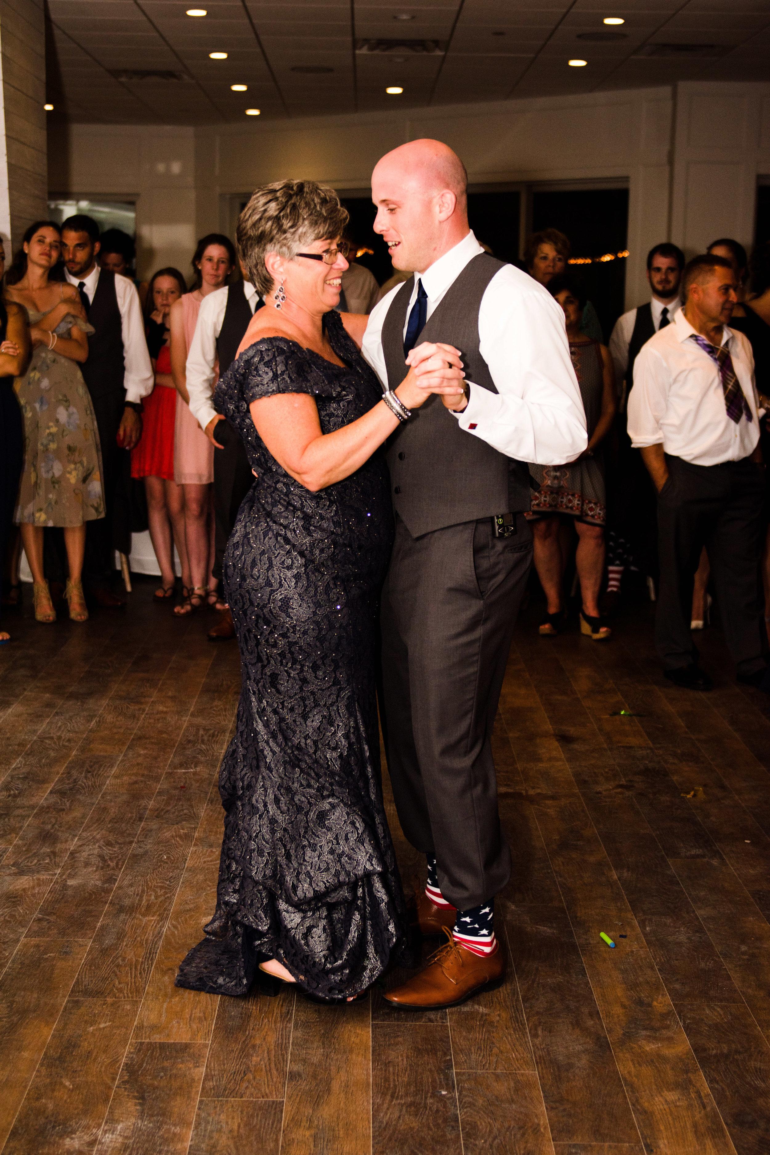 ICONA GOLDEN INN AVALON NJ WEDDING PHOTOGRAPHY  - 089.jpg