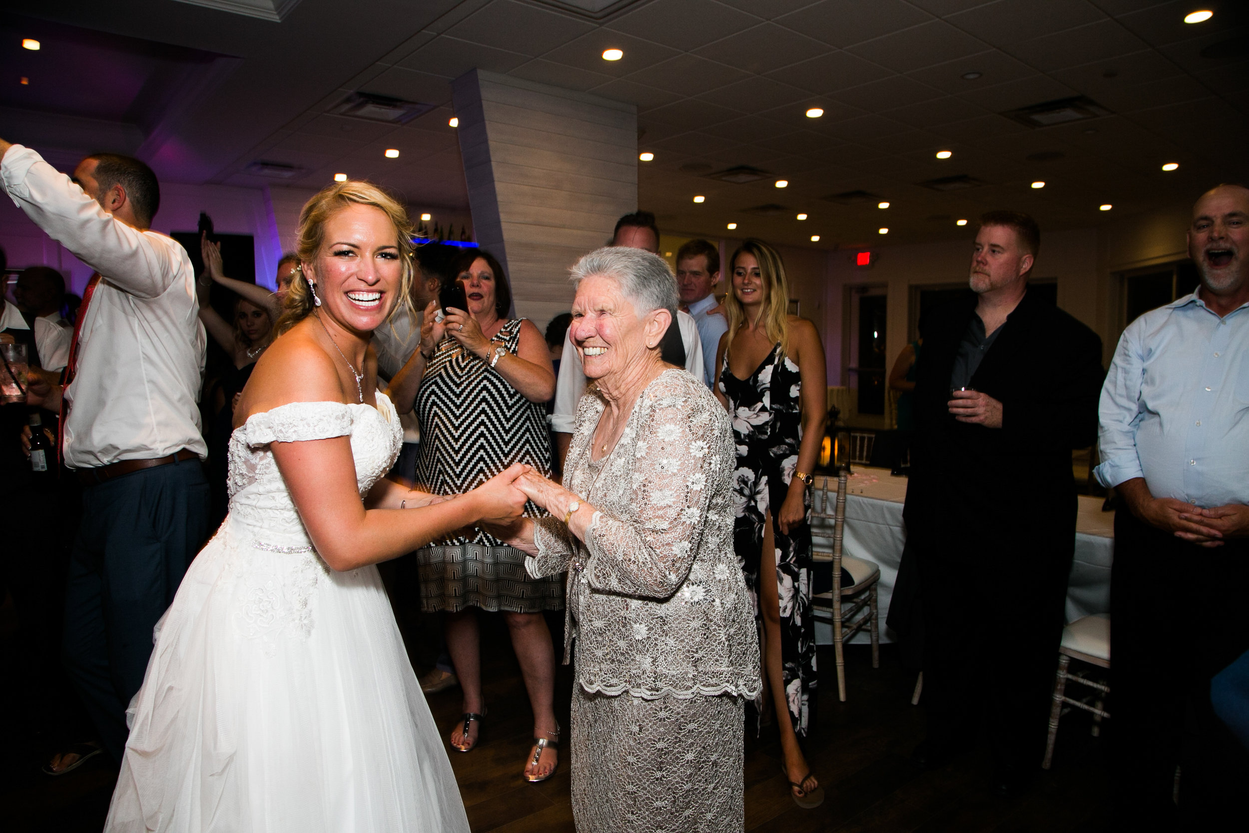 ICONA GOLDEN INN AVALON NJ WEDDING PHOTOGRAPHY  - 103.jpg