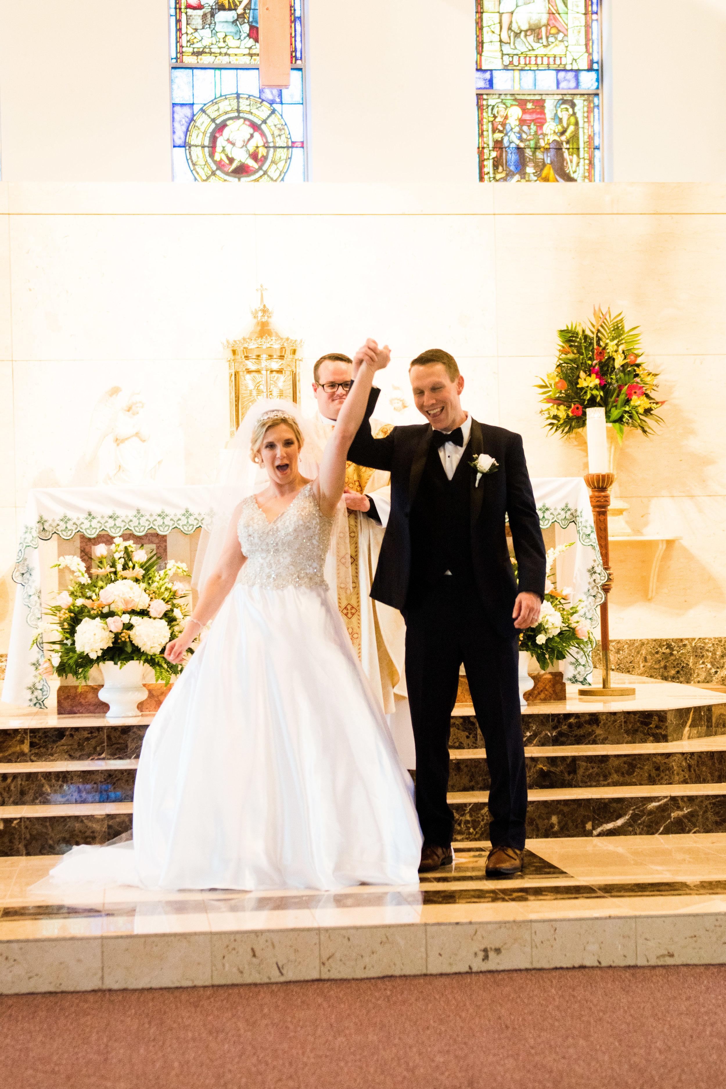 BENSALEM COUNTRY CLUB WEDDING PHOTOGRAPHY - 057EMILY SPONG.jpg