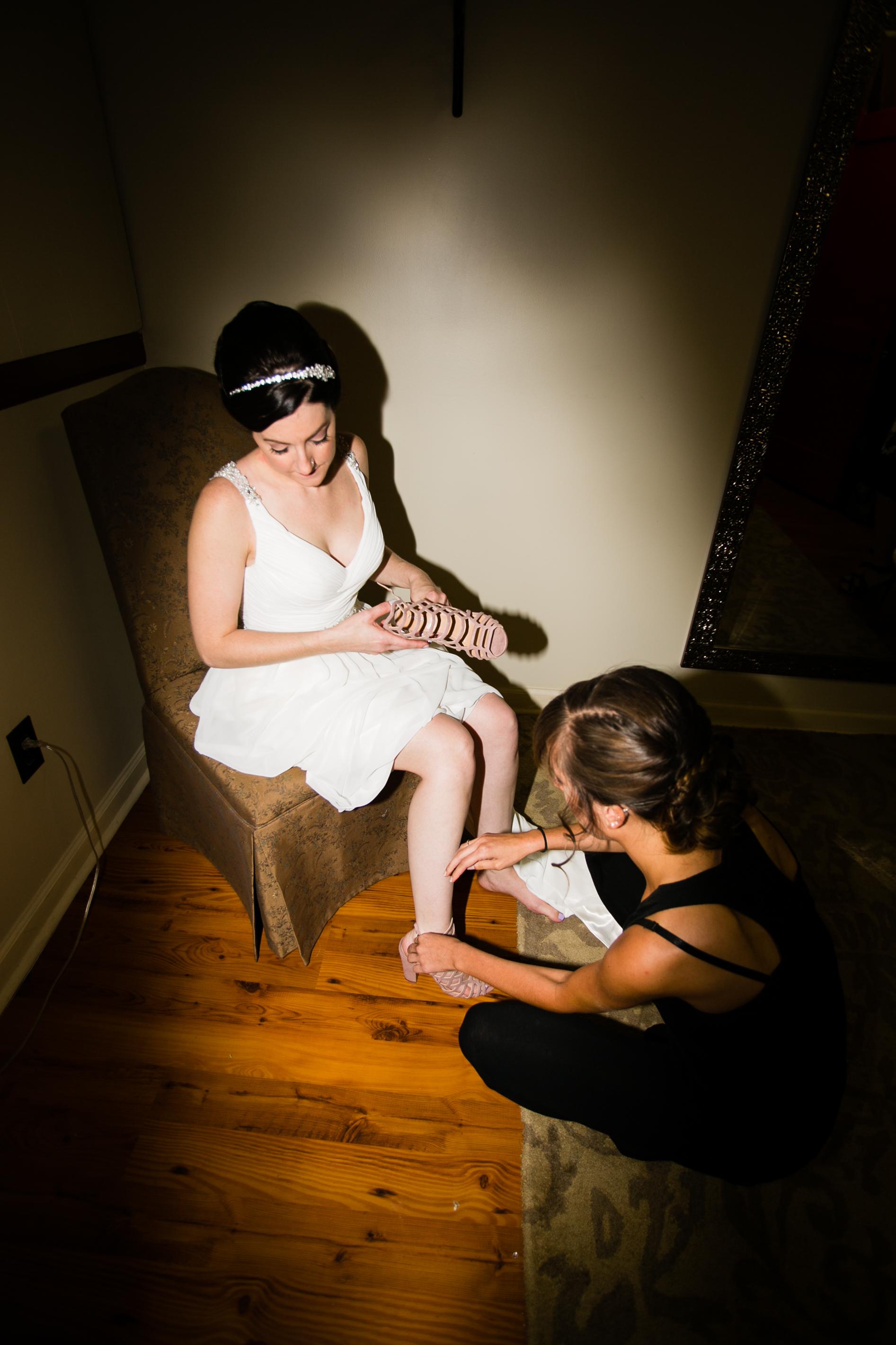 TYLER ARBORETUM WEDDING PHOTOGRAPHY LOVESTRUCK PICTURES-008.jpg