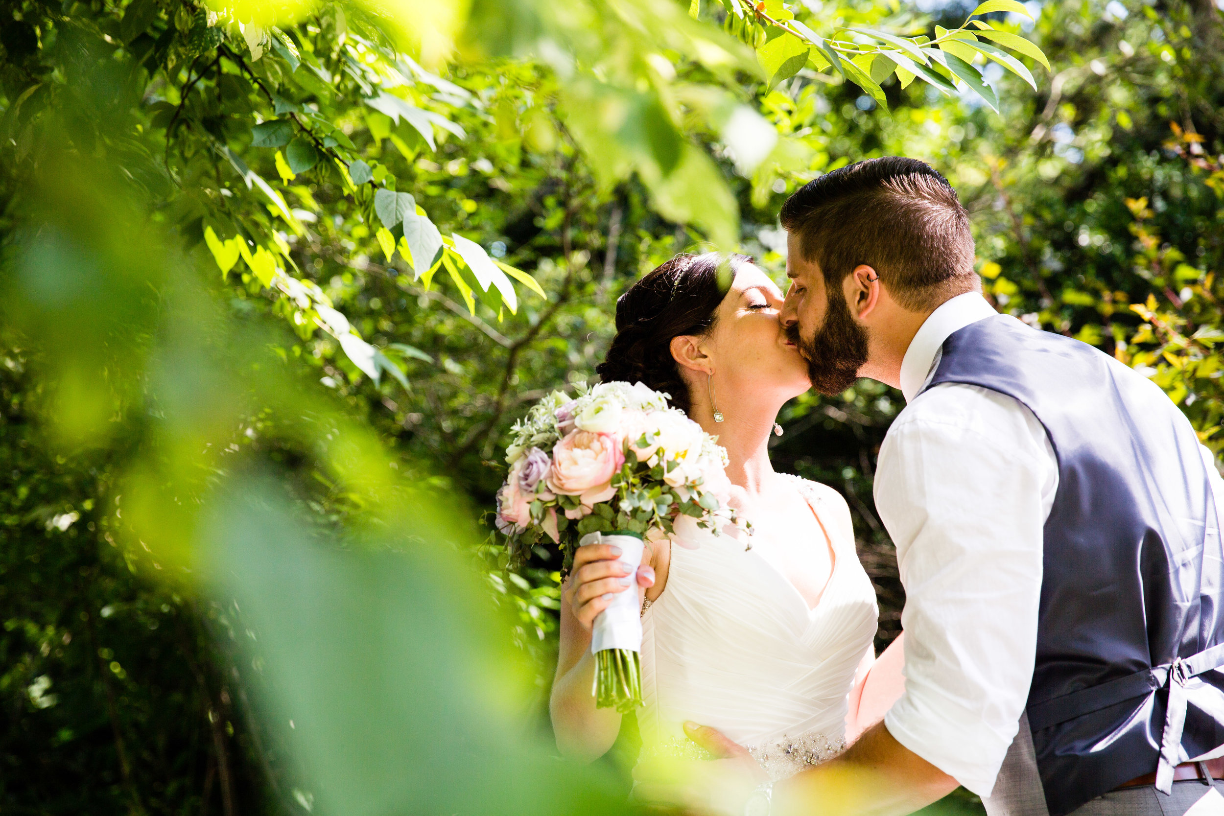 TYLER ARBORETUM WEDDING PHOTOGRAPHY LOVESTRUCK PICTURES-018.jpg