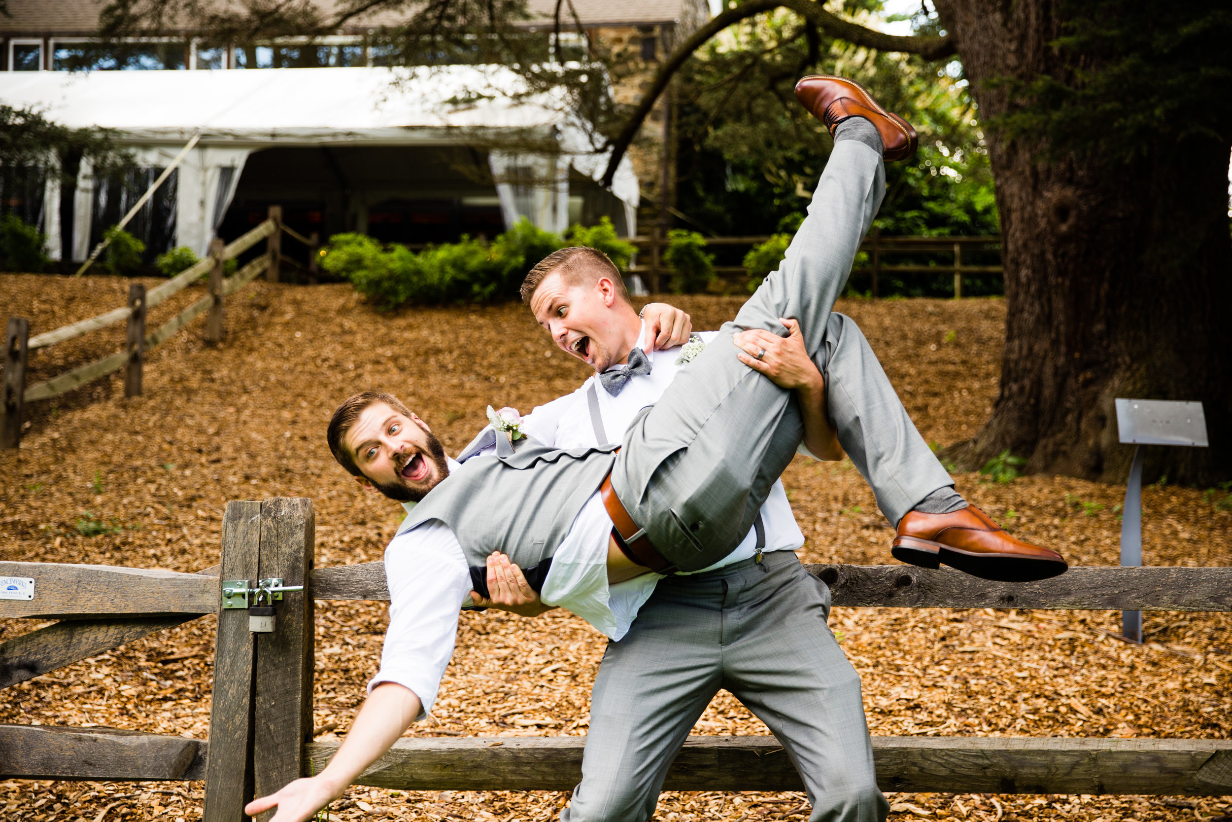 TYLER ARBORETUM WEDDING PHOTOGRAPHY LOVESTRUCK PICTURES-027.jpg