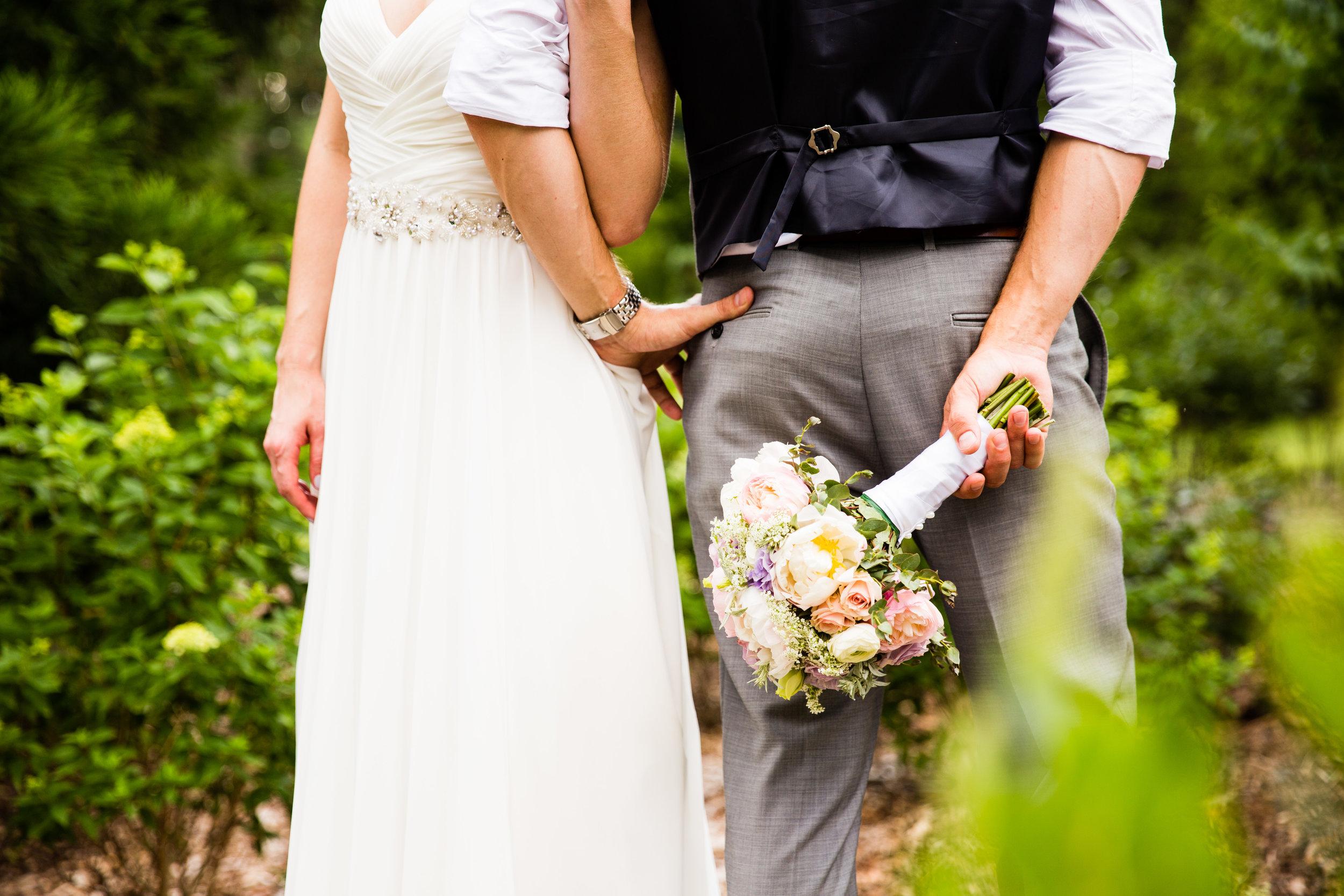 TYLER ARBORETUM WEDDING PHOTOGRAPHY LOVESTRUCK PICTURES-035.jpg