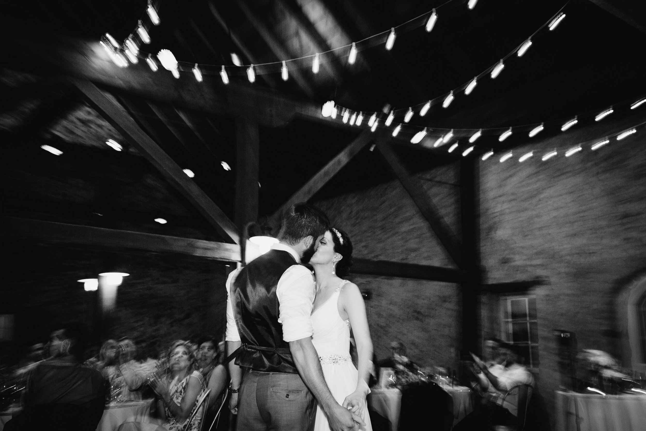 TYLER ARBORETUM WEDDING PHOTOGRAPHY LOVESTRUCK PICTURES-083.jpg