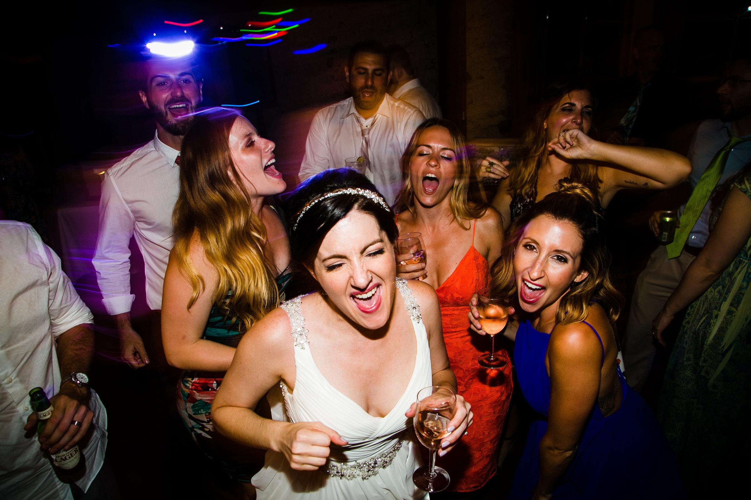 TYLER ARBORETUM WEDDING PHOTOGRAPHY LOVESTRUCK PICTURES-095.jpg