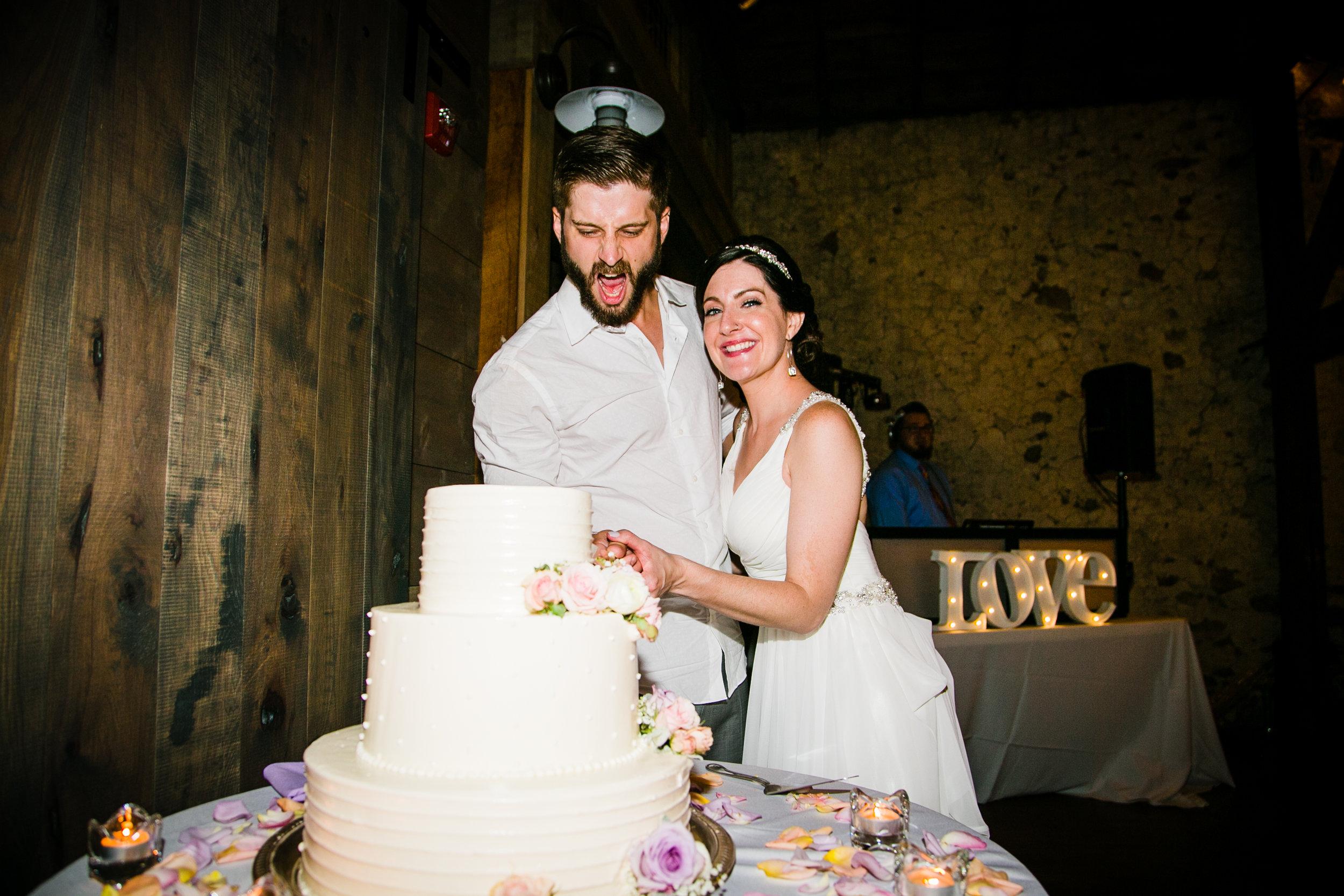 TYLER ARBORETUM WEDDING PHOTOGRAPHY LOVESTRUCK PICTURES-098.jpg
