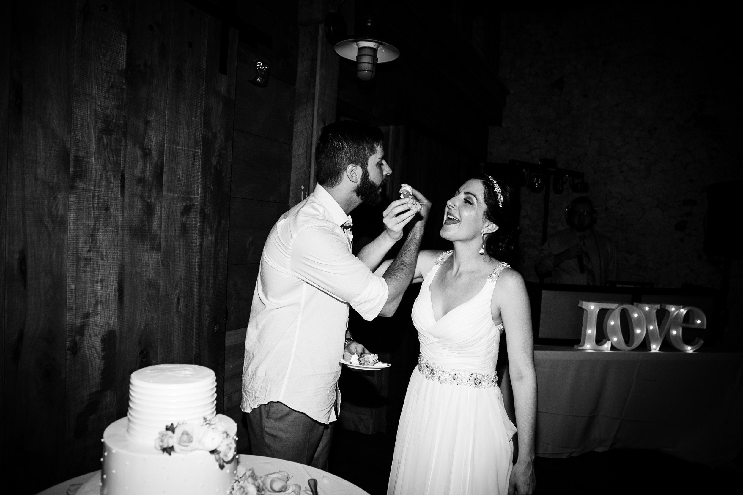 TYLER ARBORETUM WEDDING PHOTOGRAPHY LOVESTRUCK PICTURES-100.jpg