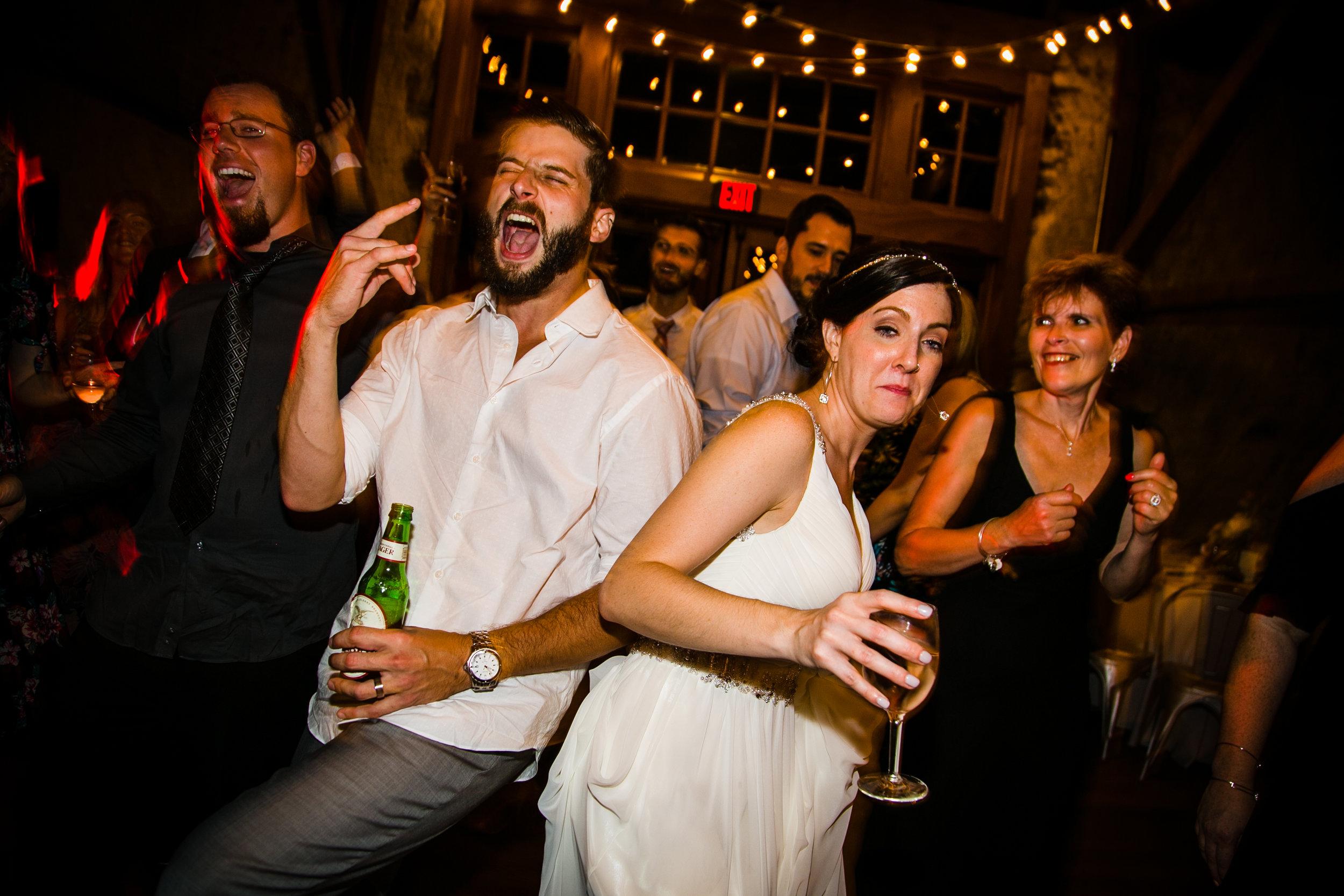 TYLER ARBORETUM WEDDING PHOTOGRAPHY LOVESTRUCK PICTURES-107.jpg