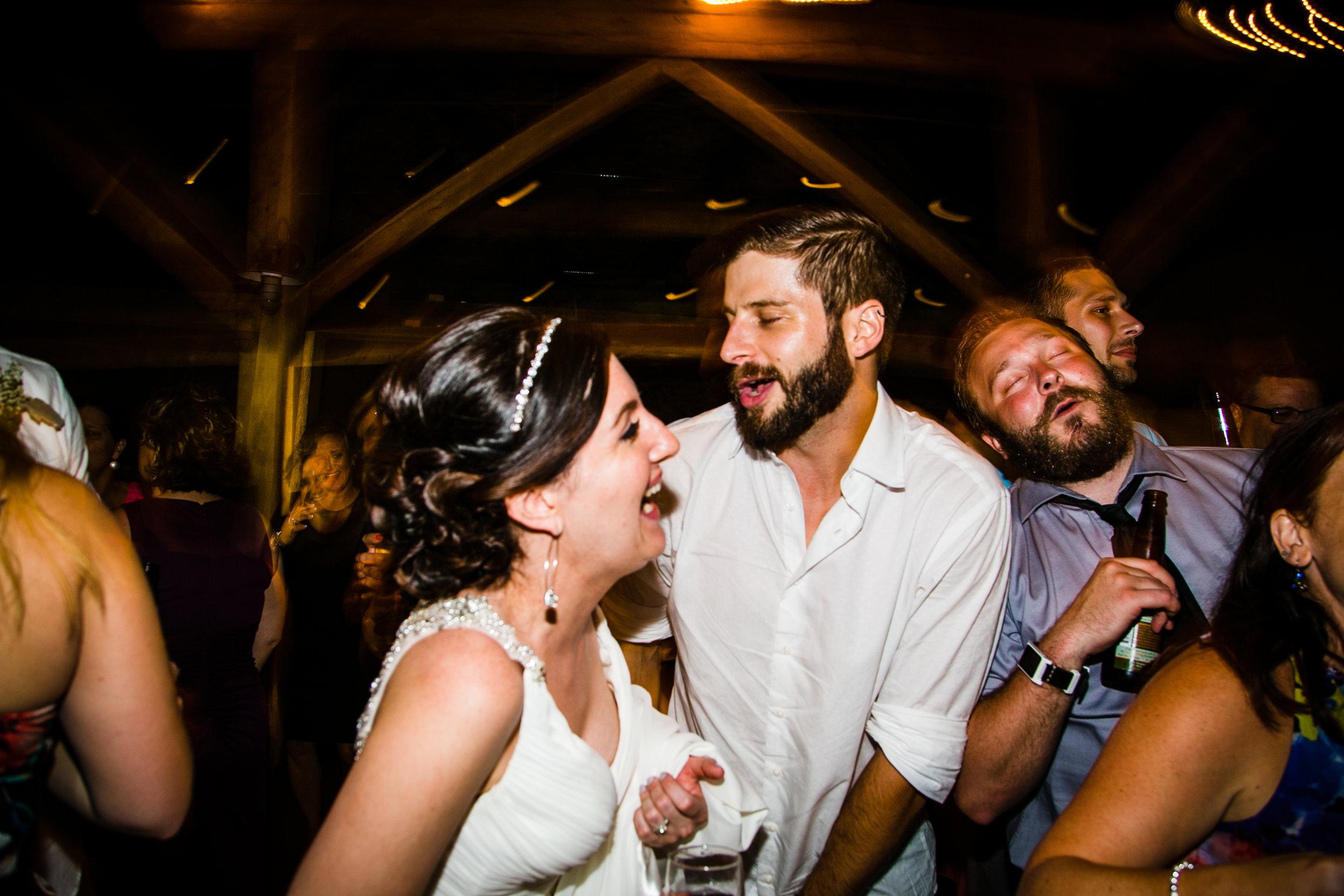 TYLER ARBORETUM WEDDING PHOTOGRAPHY LOVESTRUCK PICTURES-111.jpg